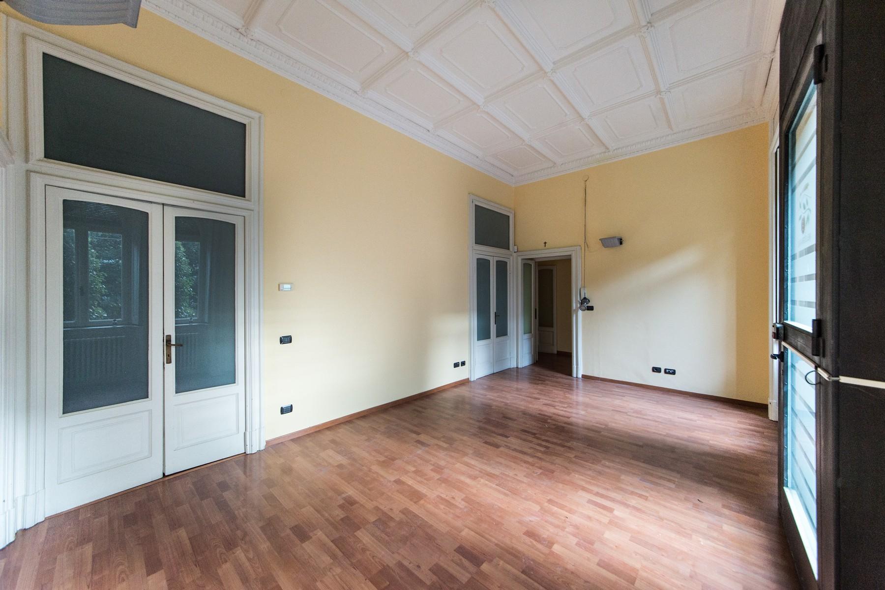 Appartamento in Vendita a Como: 5 locali, 230 mq - Foto 11