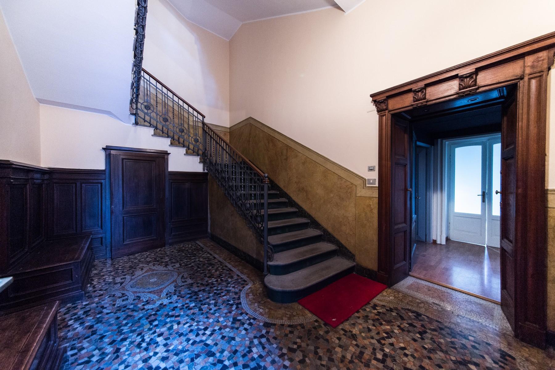 Appartamento in Vendita a Como: 5 locali, 230 mq - Foto 12