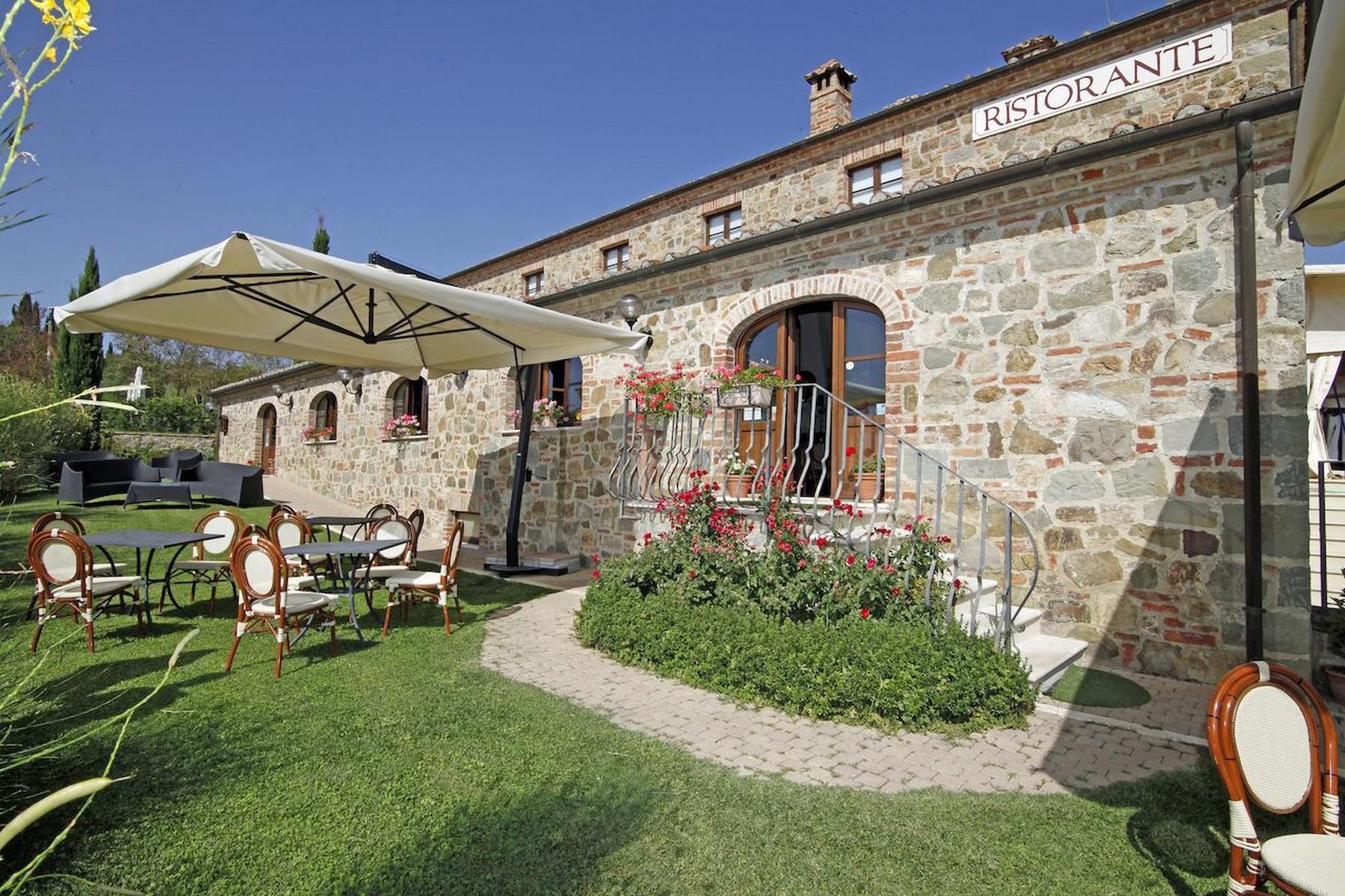 Villa in Vendita a Torrita Di Siena: 5 locali, 800 mq - Foto 3