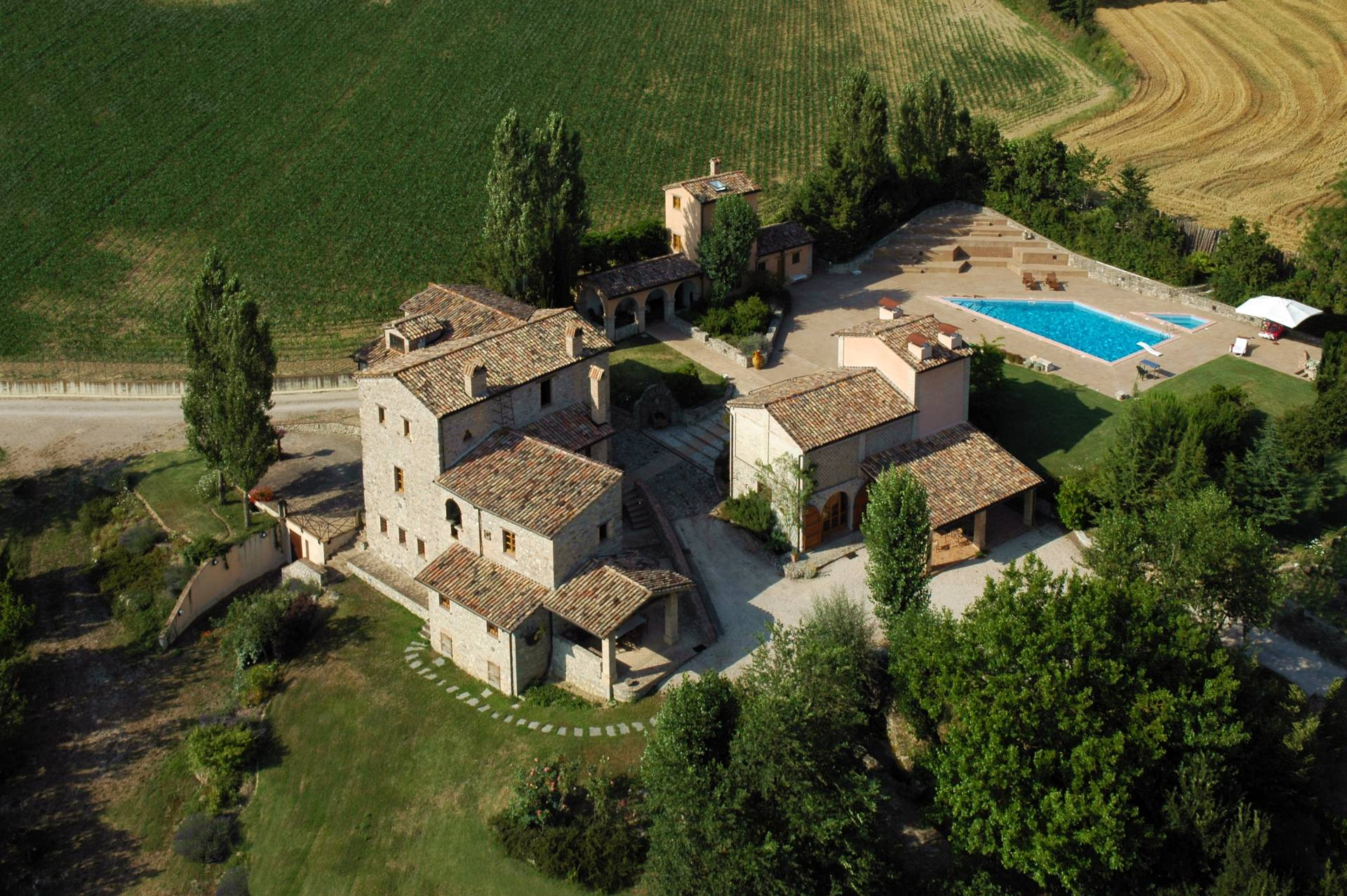 Rustico in Vendita a Montone: 5 locali, 700 mq - Foto 7