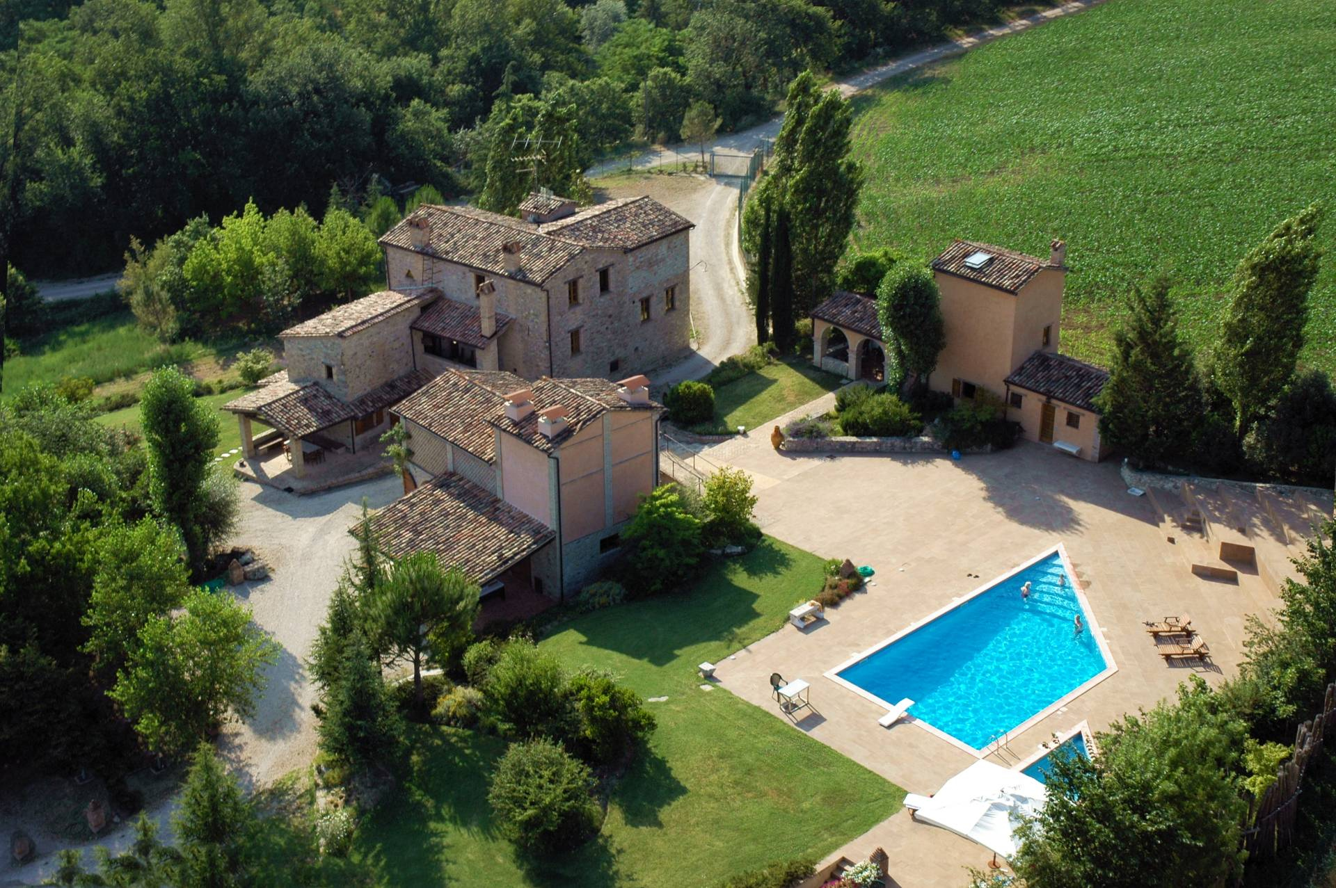 Rustico in Vendita a Montone: 5 locali, 700 mq - Foto 6
