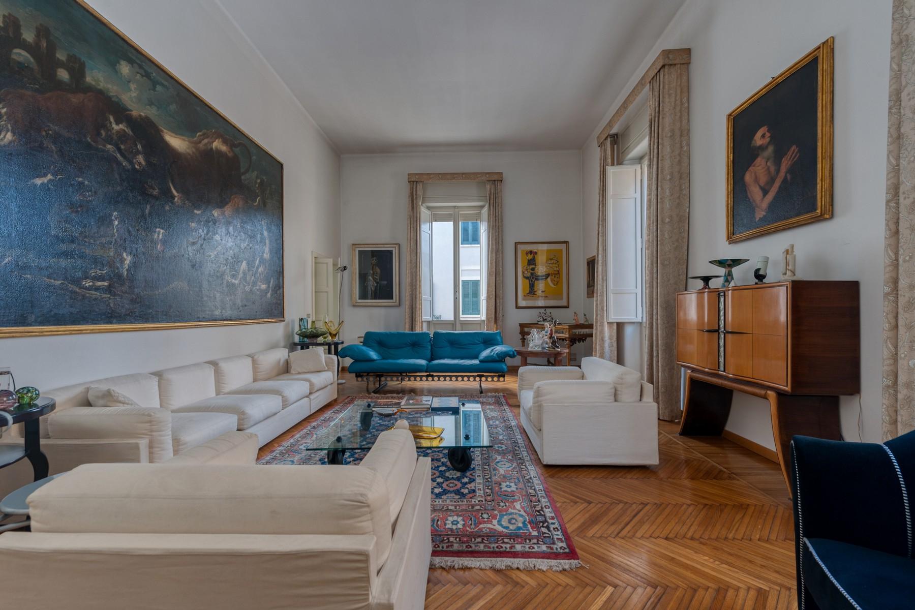 Palazzo in Vendita a Lecce:  5 locali, 600 mq  - Foto 1