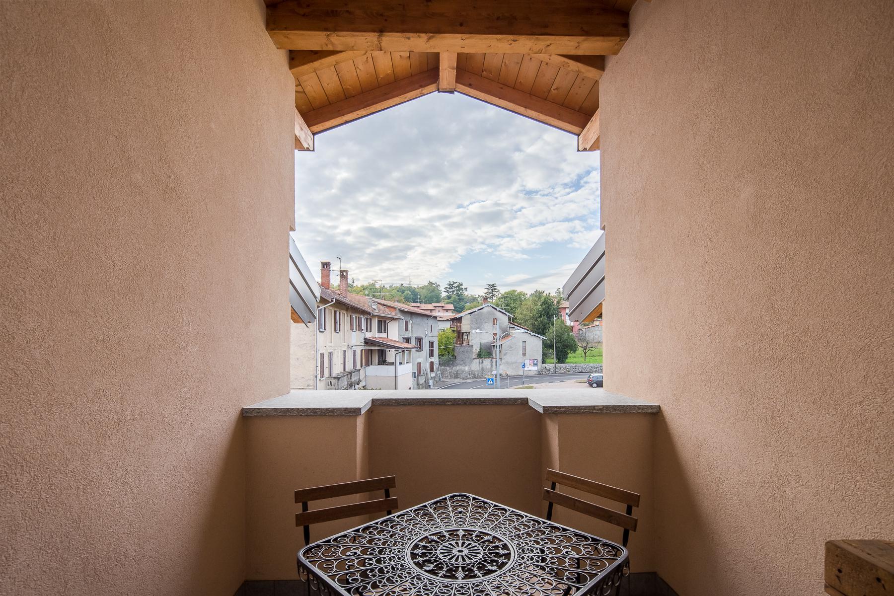 Attico in Vendita a Paruzzaro borgo via borgoagnello