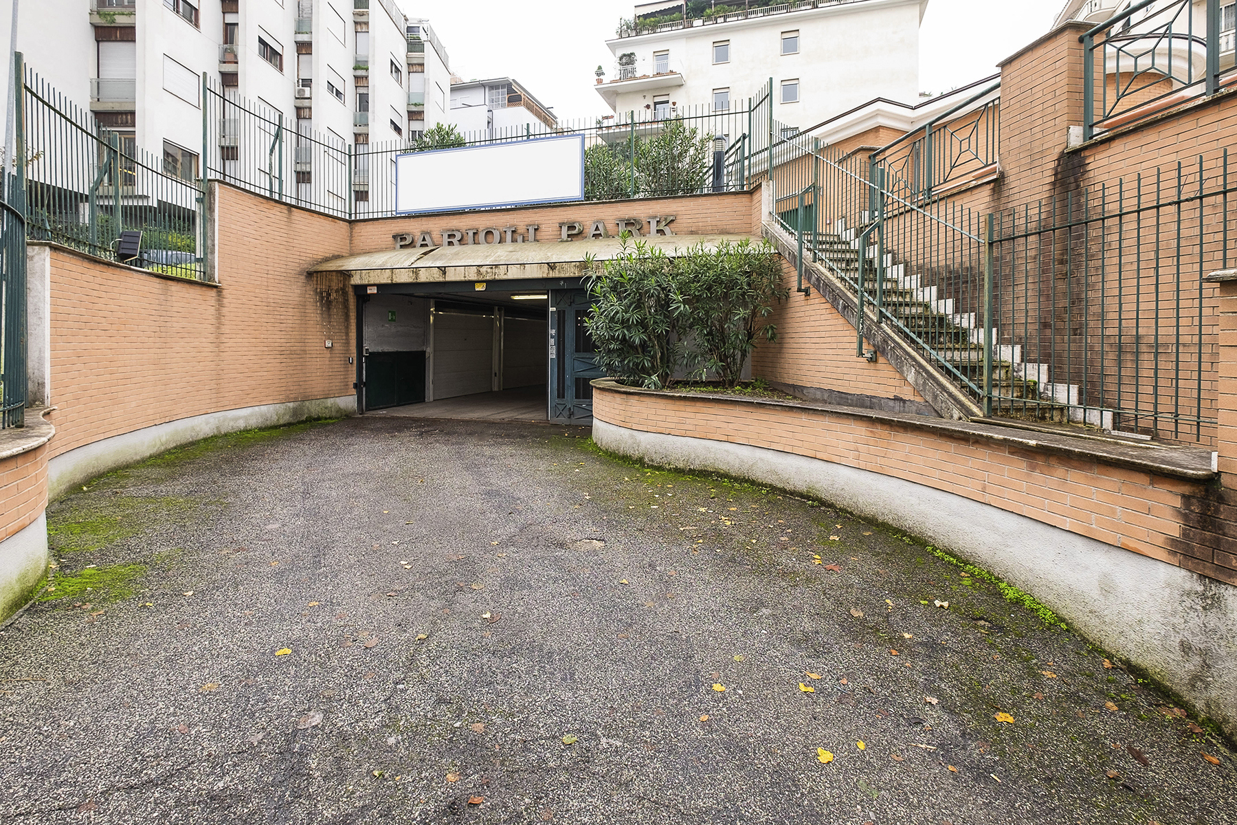 Posto-box auto in Vendita a Roma 02 Parioli / Pinciano / Flaminio: 1 locali, 22 mq