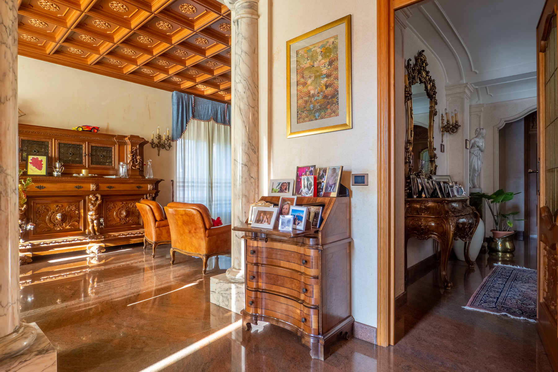 Villa in Vendita a Torino: 5 locali, 940 mq - Foto 2