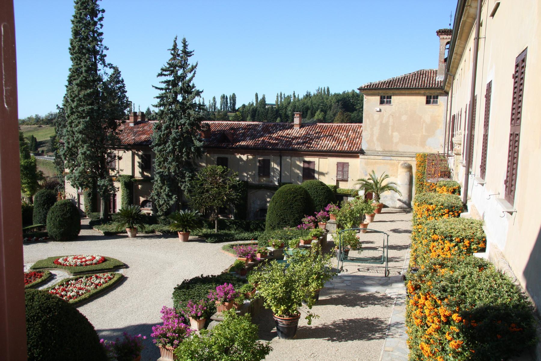 Villa in Vendita a Valenza: 5 locali, 3300 mq - Foto 2