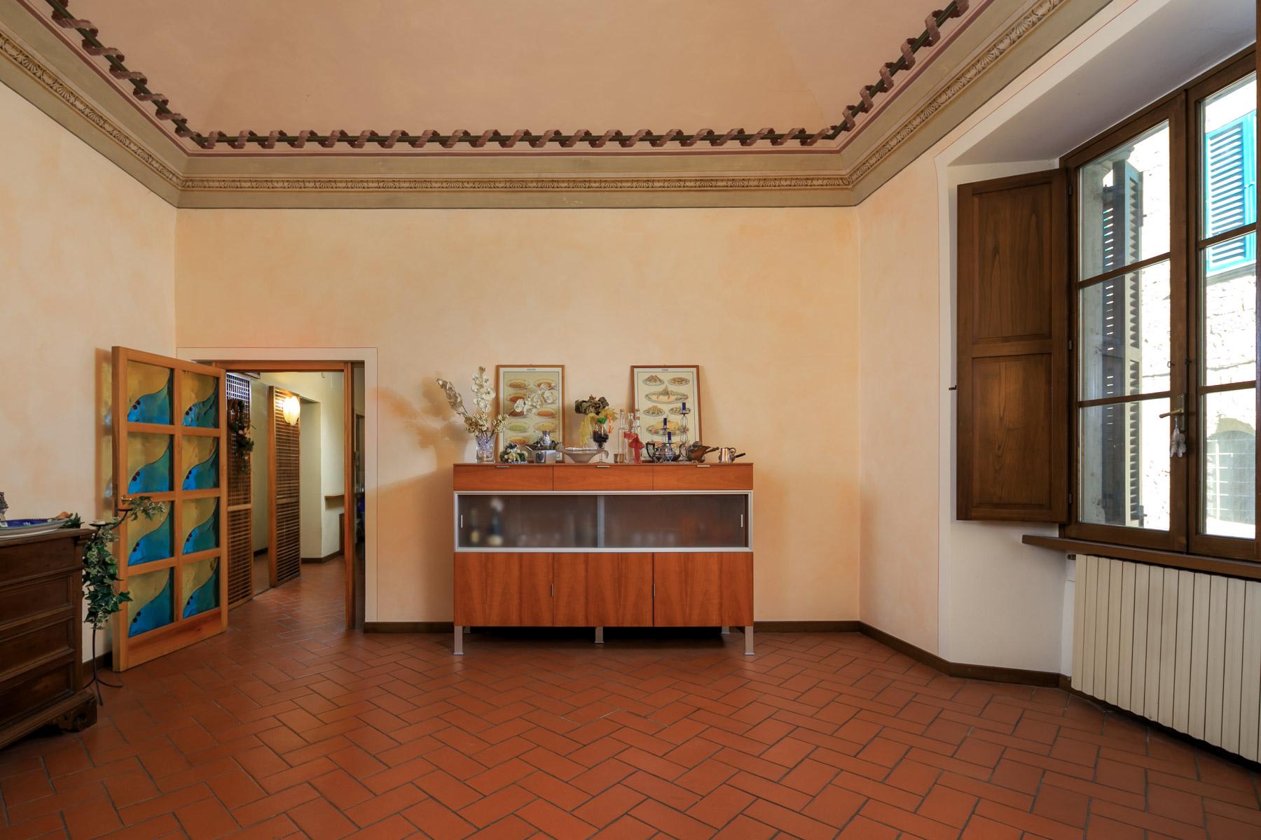 Palazzo in Vendita a Arezzo: 5 locali, 1140 mq - Foto 4
