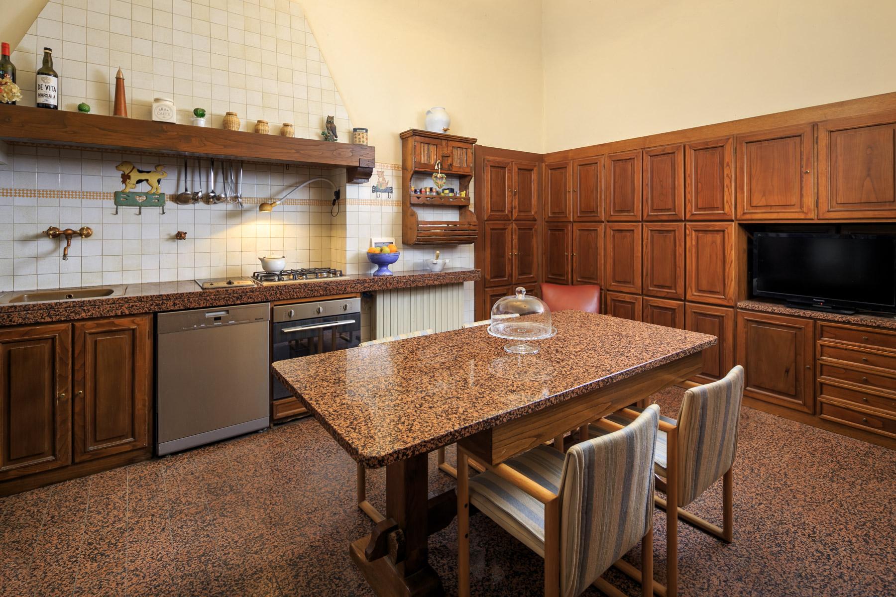 Palazzo in Vendita a Arezzo: 5 locali, 1140 mq - Foto 16