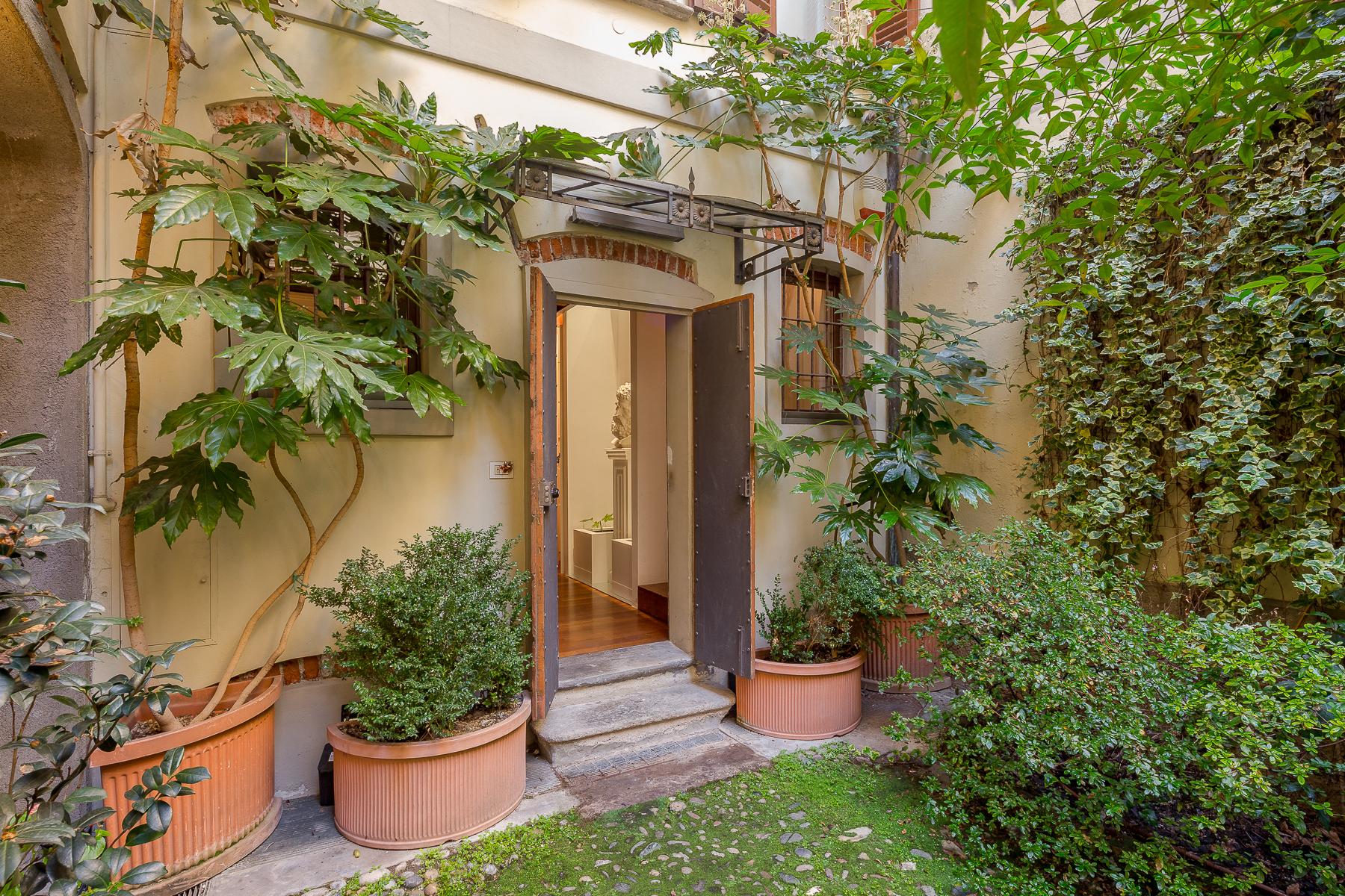 Appartamento in Vendita a Milano corso di porta ticinese
