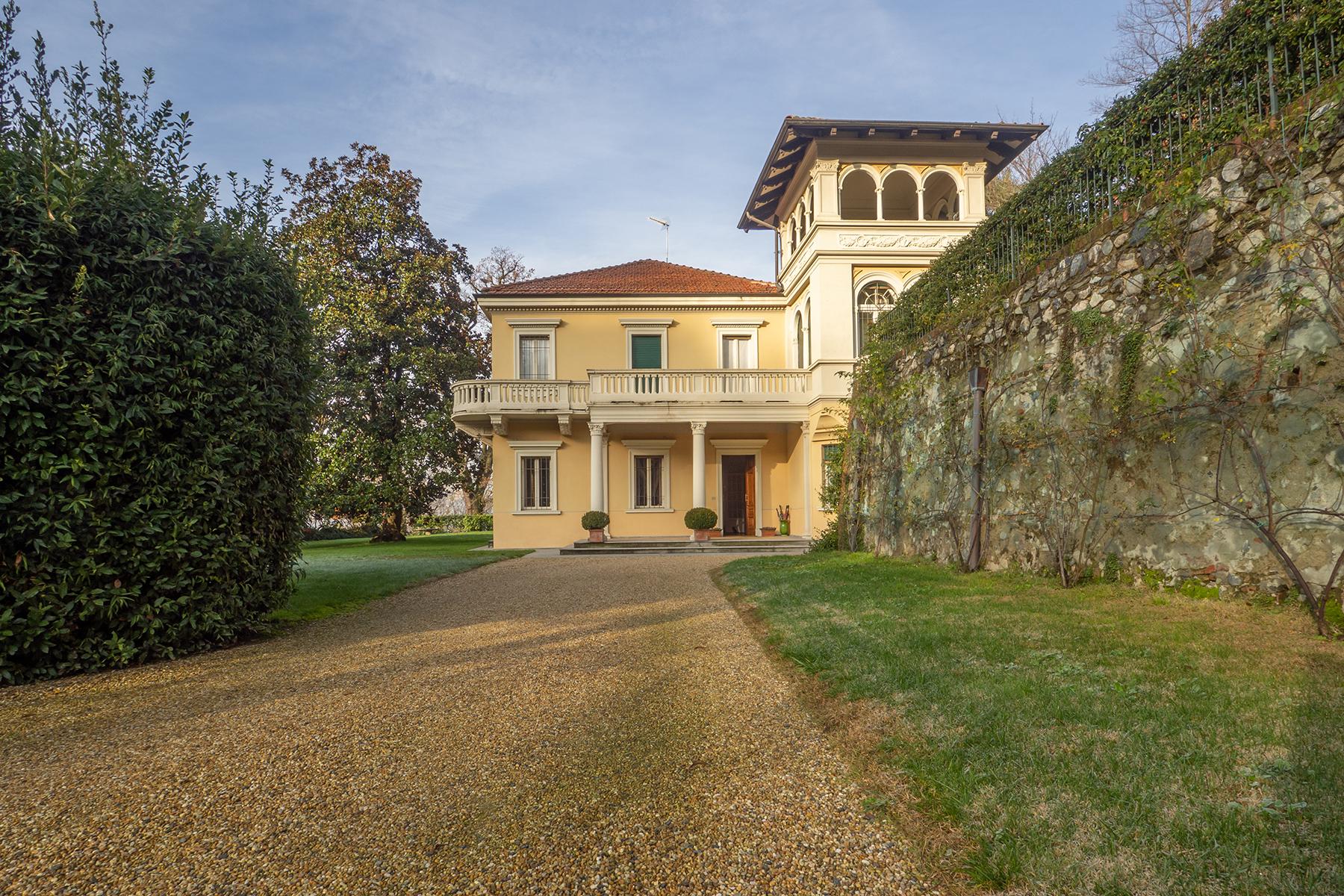 Casa indipendente in Vendita a Torino strada val san martino superiore