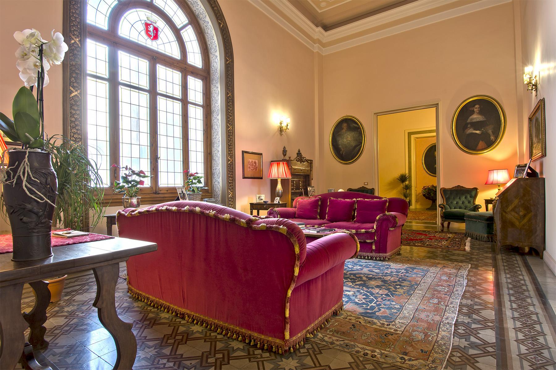 Appartamento in Vendita a Firenze: 5 locali, 680 mq - Foto 3