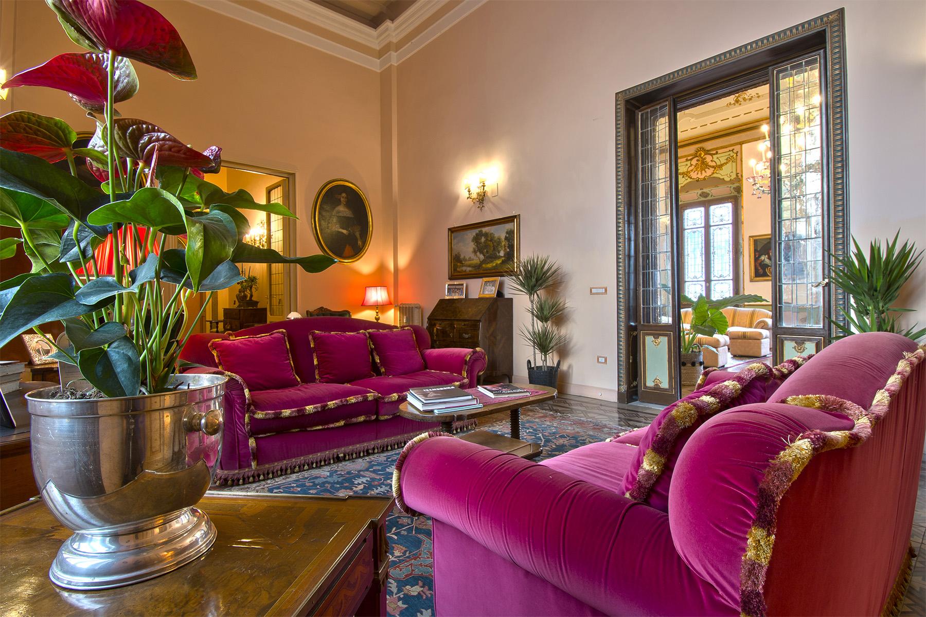 Appartamento in Vendita a Firenze: 5 locali, 680 mq - Foto 2