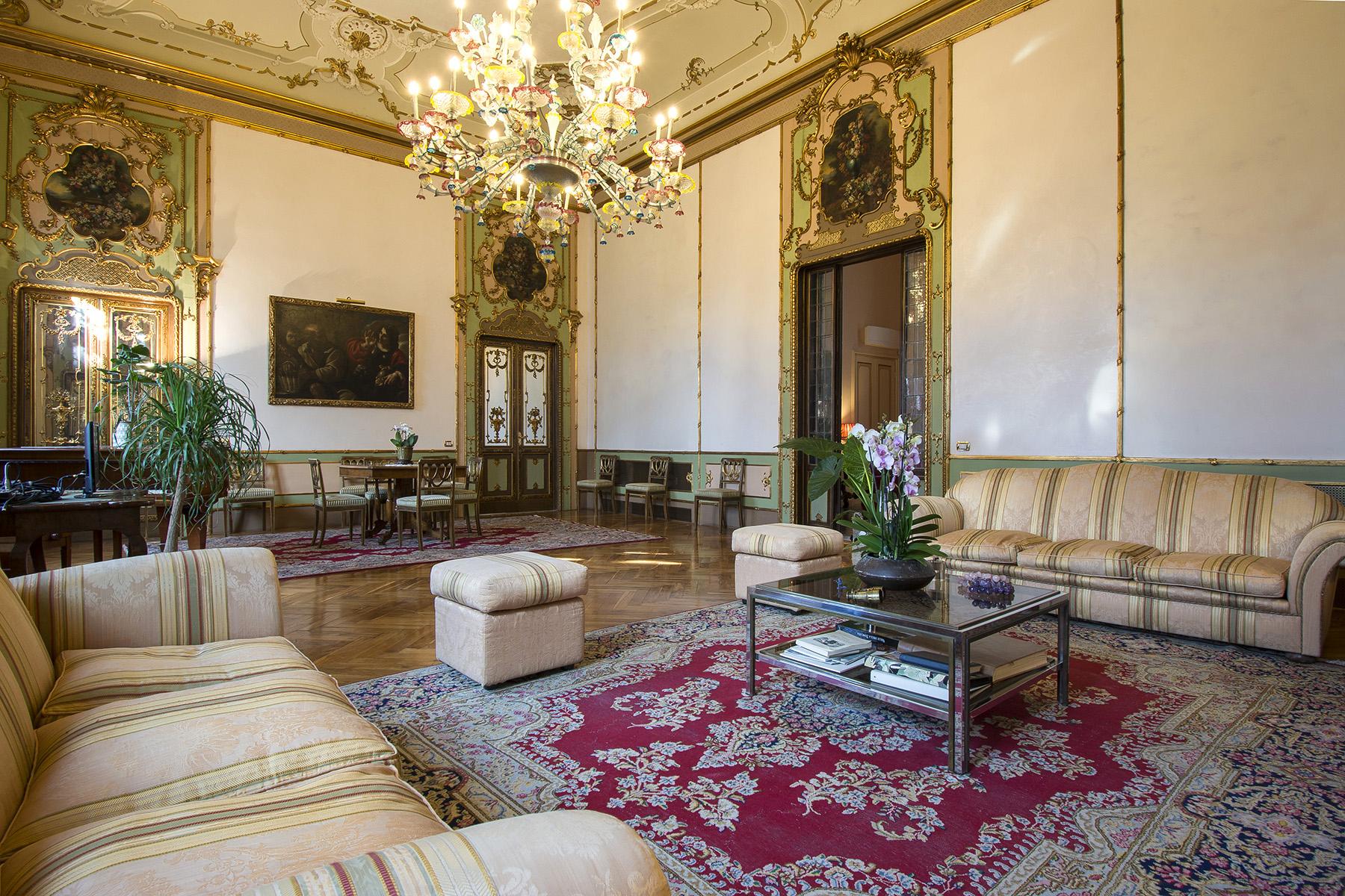 Appartamento in Vendita a Firenze: 5 locali, 680 mq - Foto 4