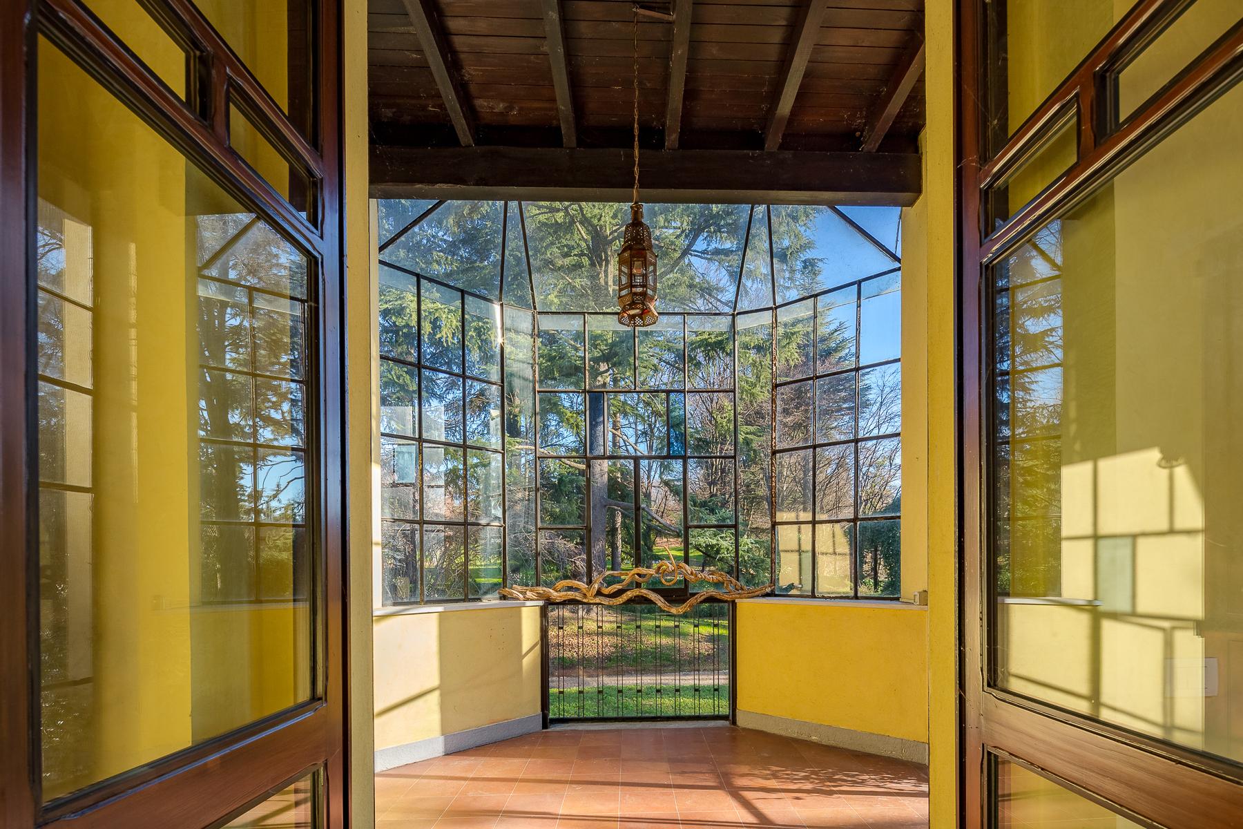 Villa in Vendita a Carimate: 5 locali, 1200 mq
