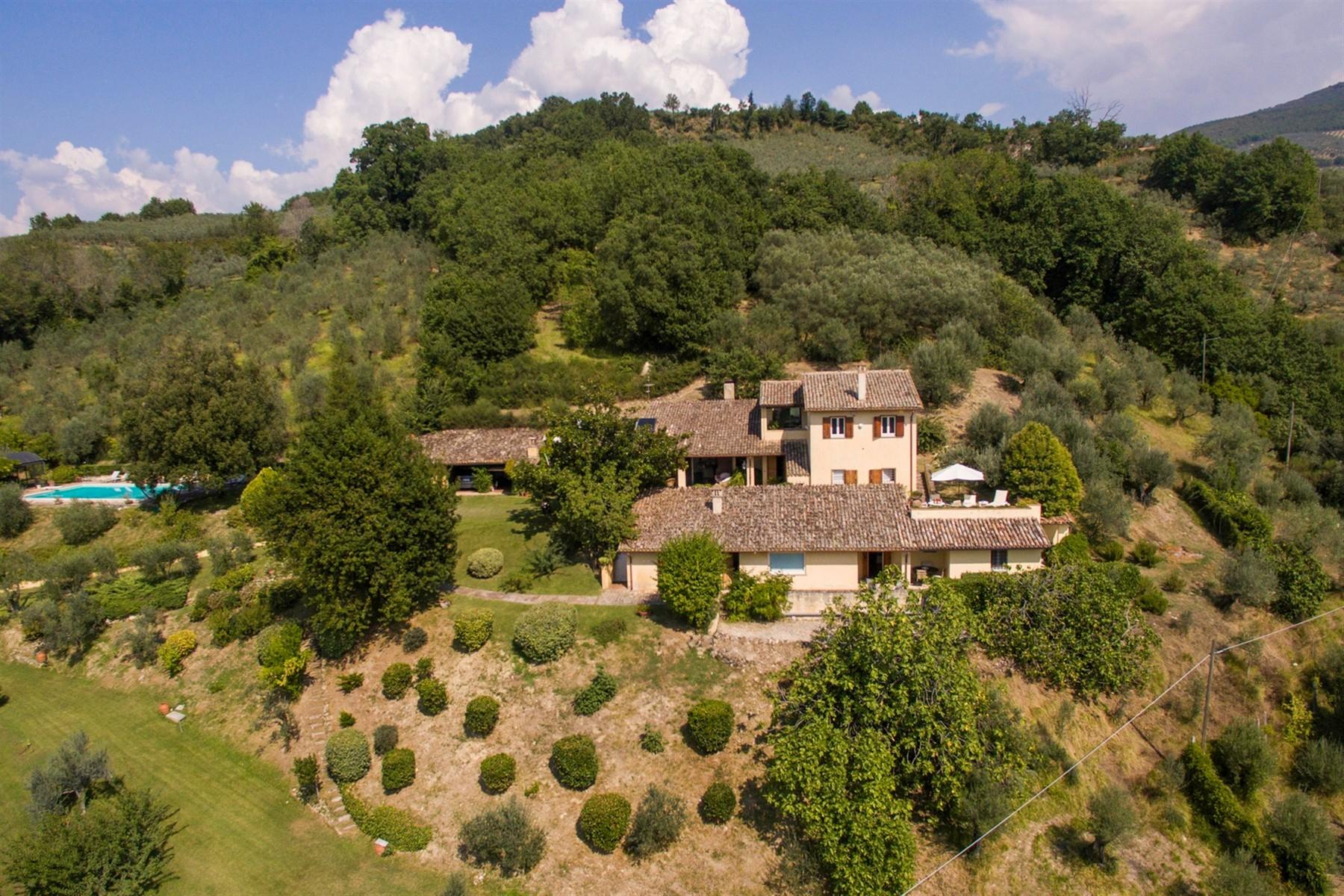 Villa in Vendita a Foligno: 5 locali, 350 mq - Foto 29