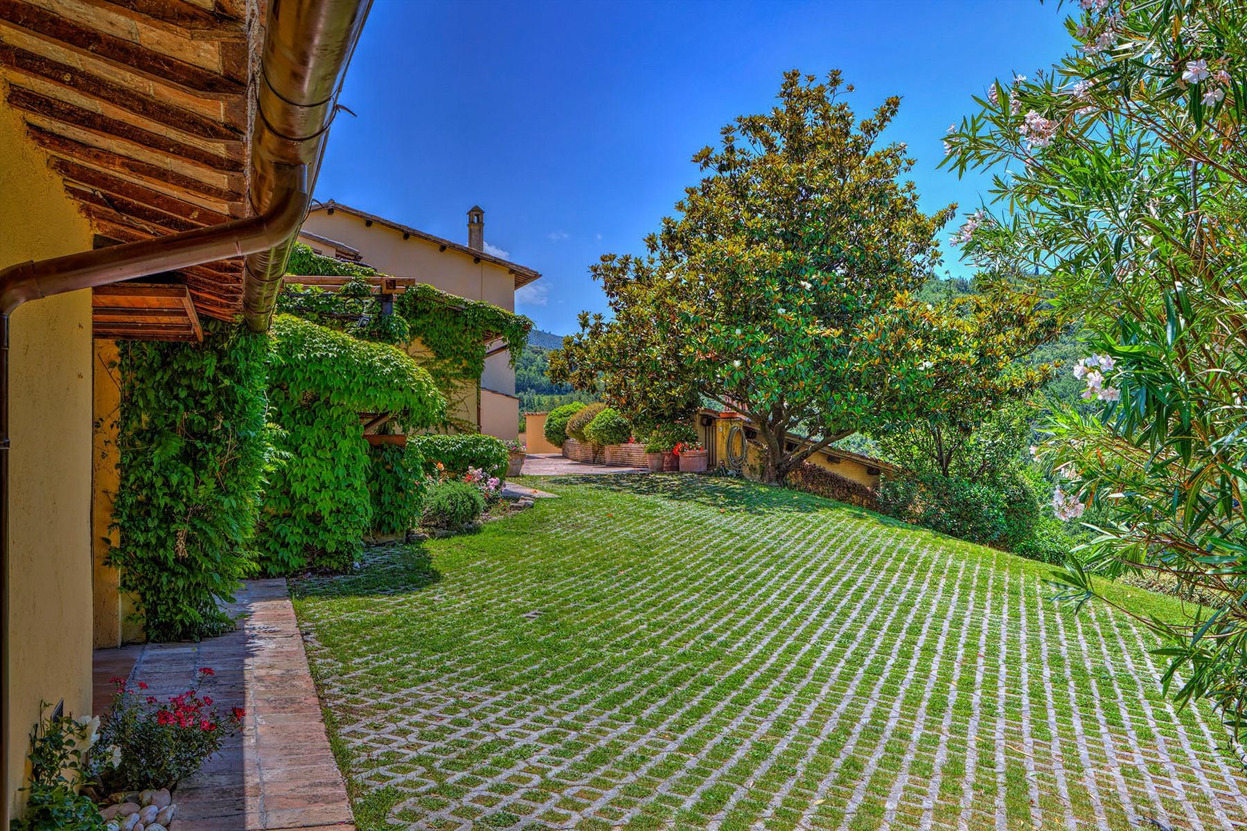 Villa in Vendita a Foligno: 5 locali, 350 mq - Foto 17