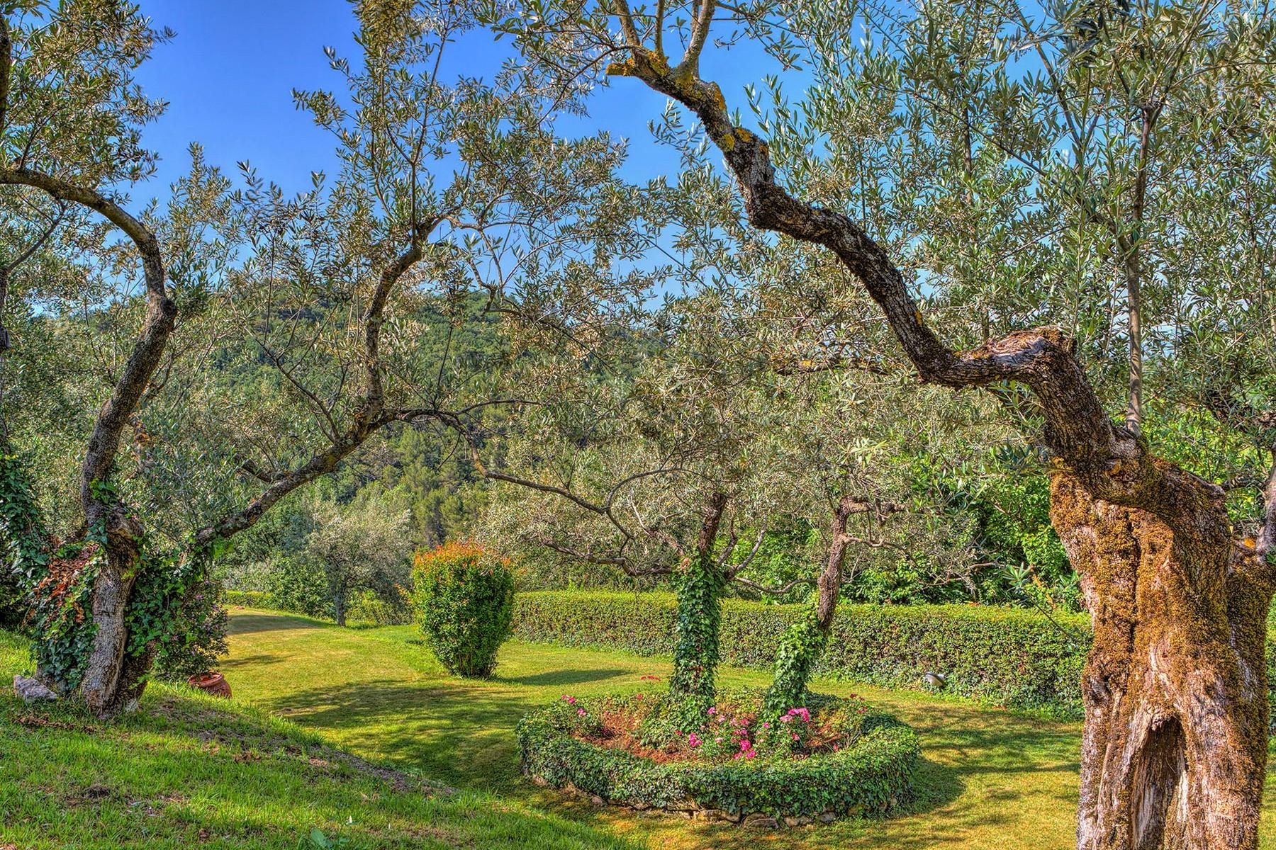 Villa in Vendita a Foligno: 5 locali, 350 mq - Foto 13