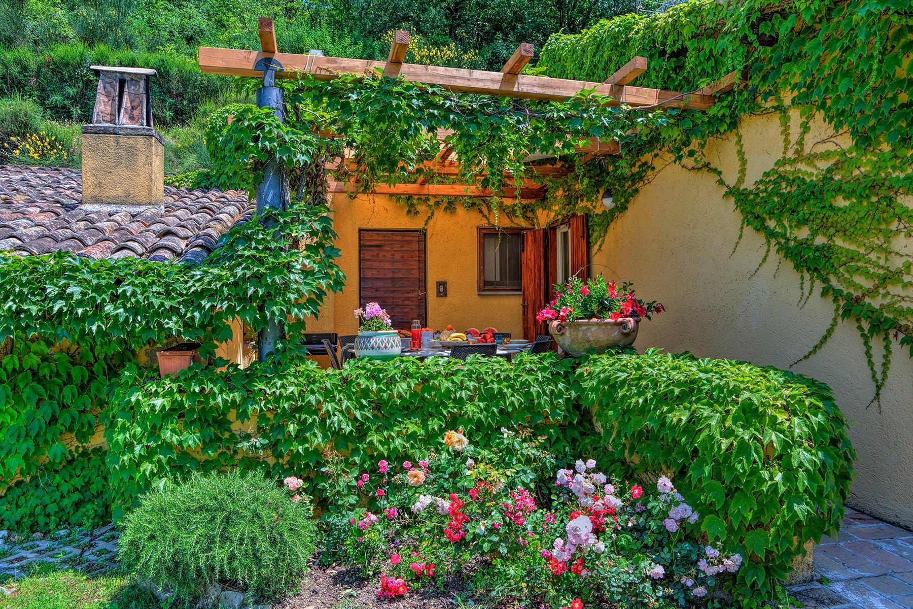 Villa in Vendita a Foligno: 5 locali, 350 mq - Foto 22
