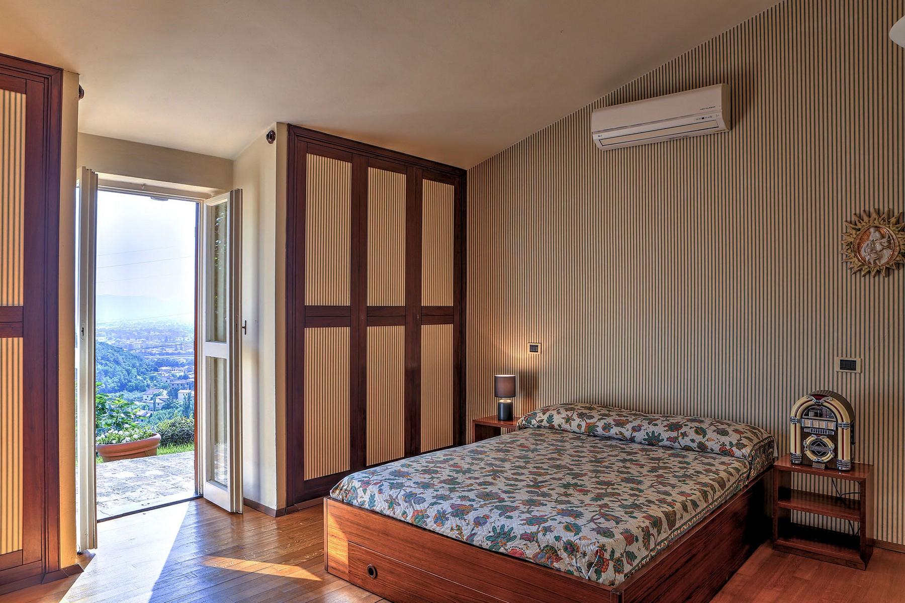 Villa in Vendita a Foligno: 5 locali, 350 mq - Foto 9