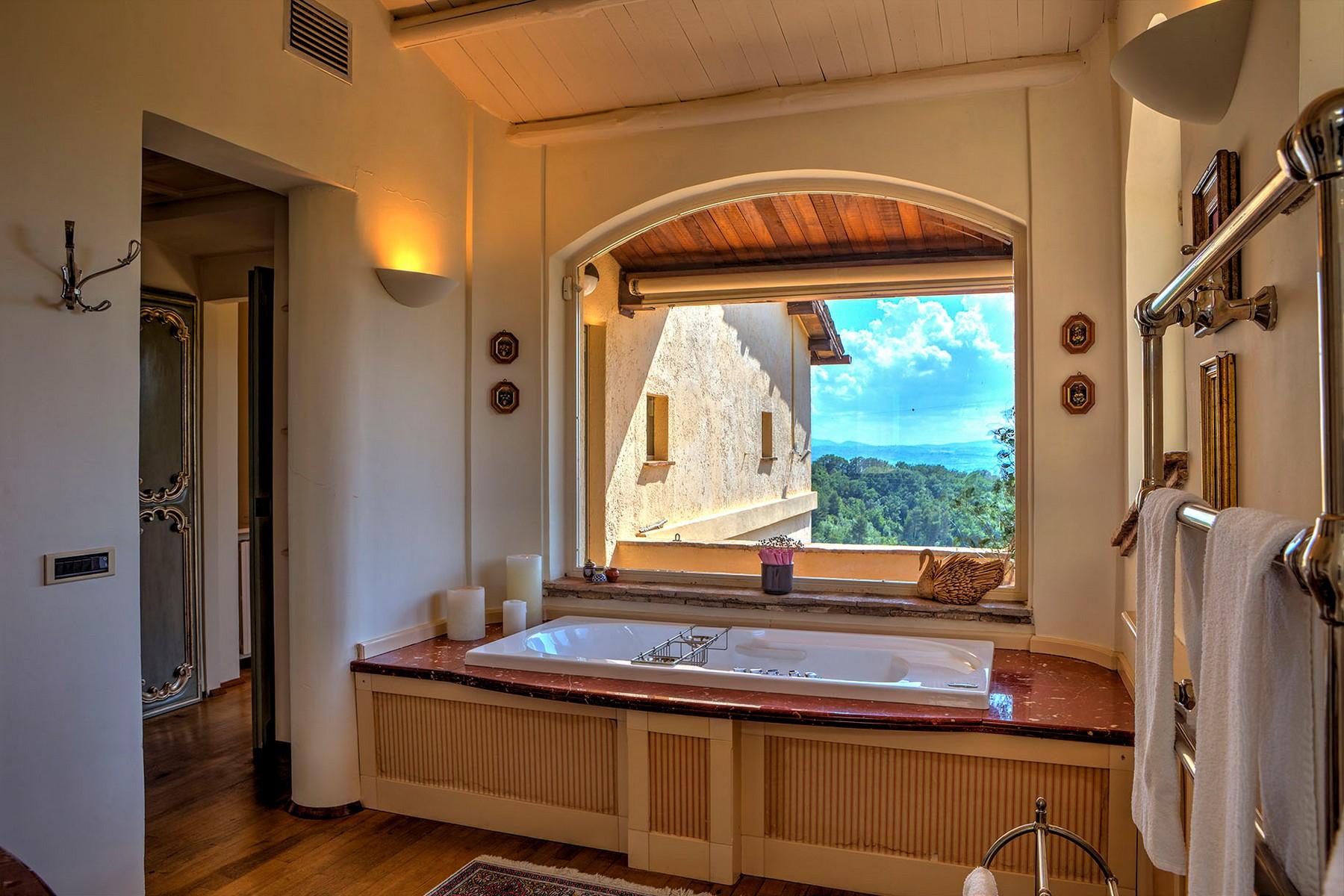 Villa in Vendita a Foligno: 5 locali, 350 mq - Foto 11