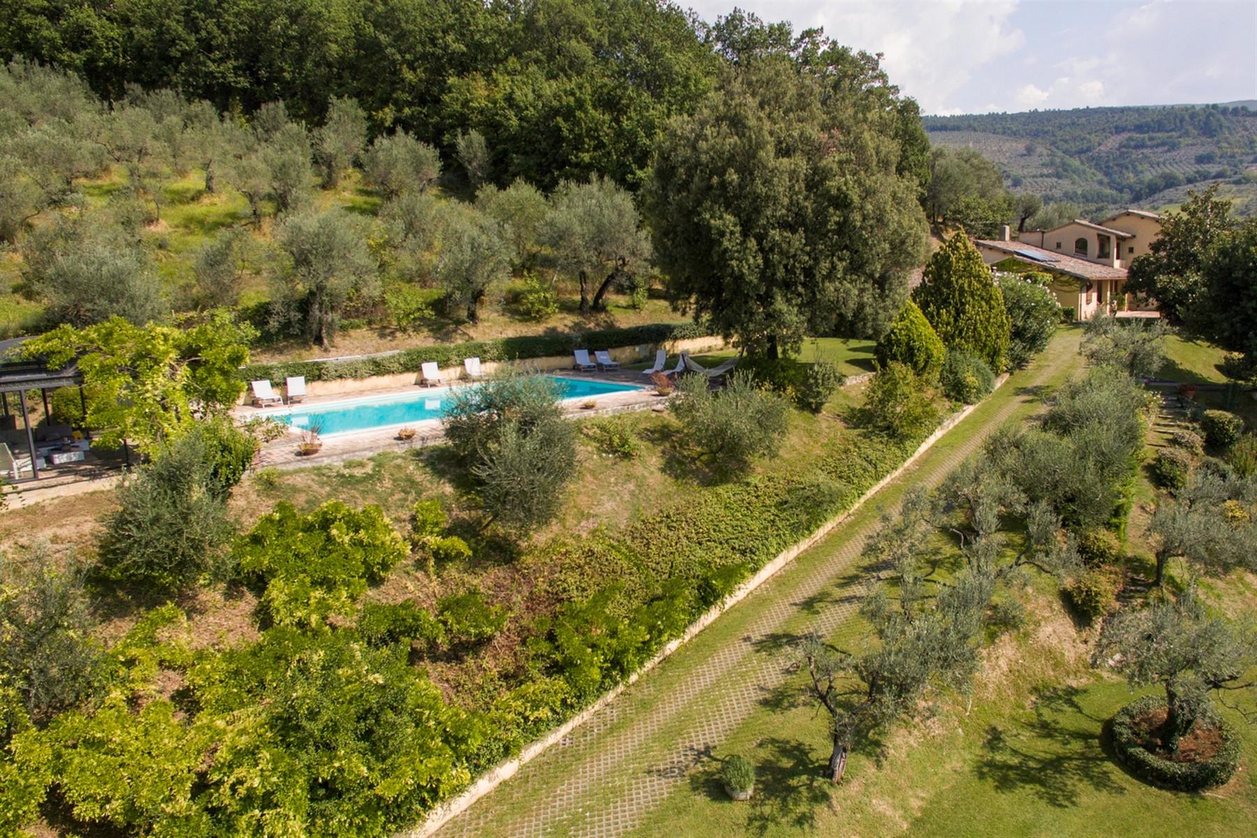 Villa in Vendita a Foligno: 5 locali, 350 mq - Foto 28