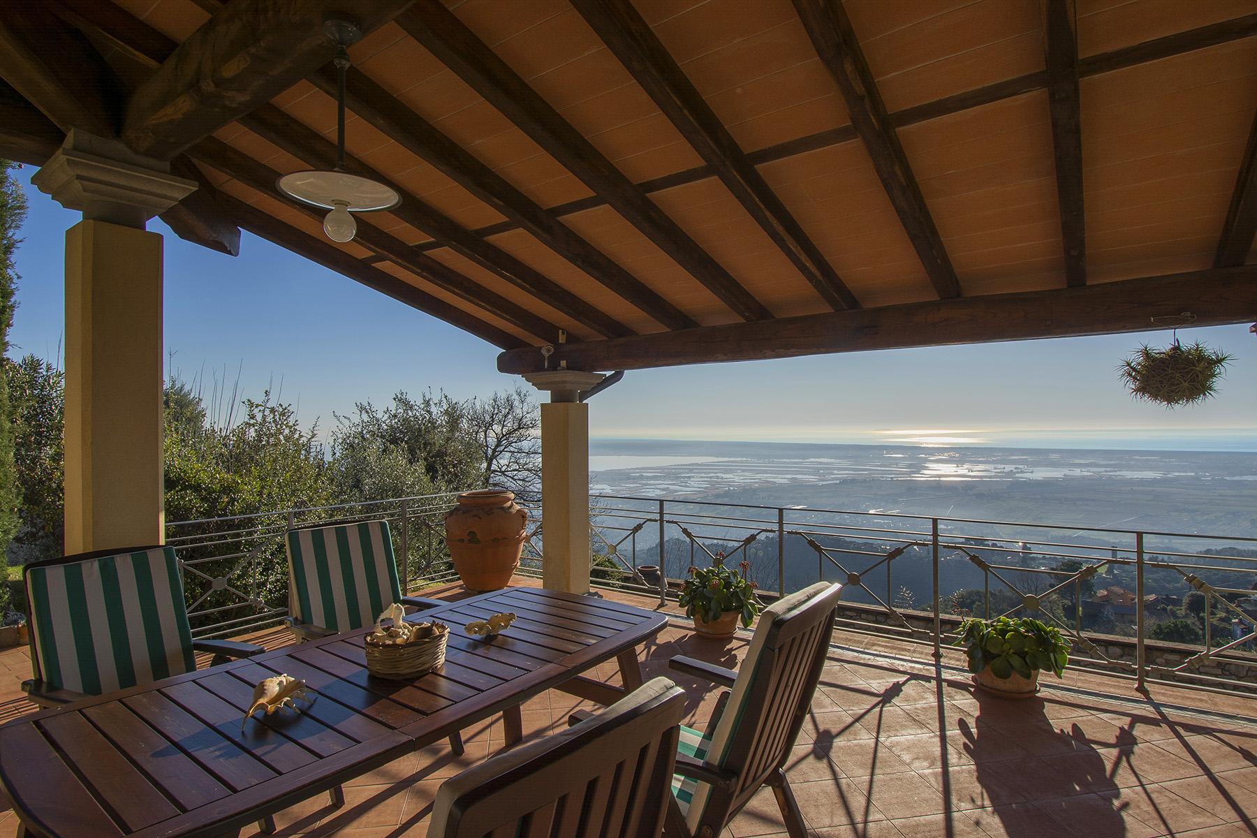 Villa in Vendita a Massarosa: 5 locali, 300 mq - Foto 4