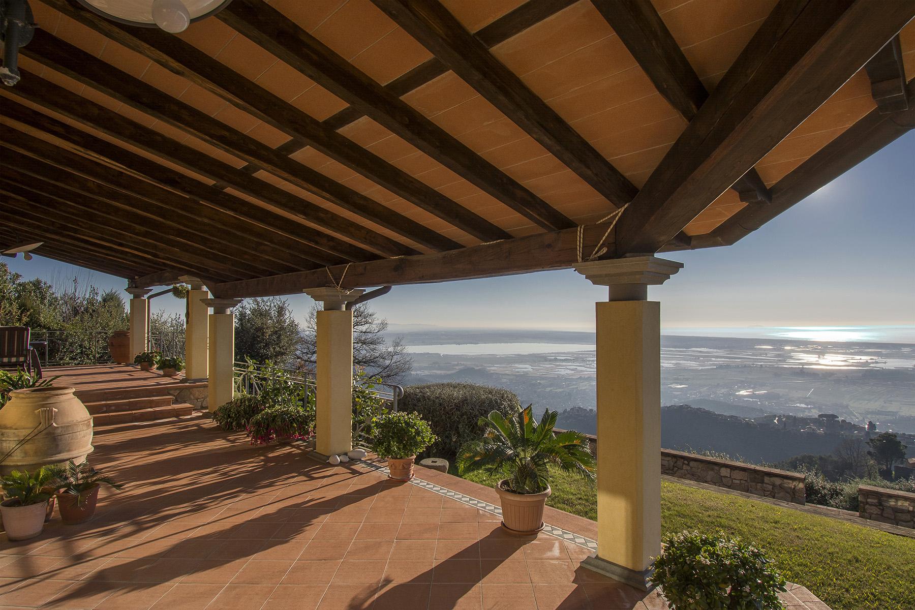 Villa in Vendita a Massarosa: 5 locali, 300 mq - Foto 2