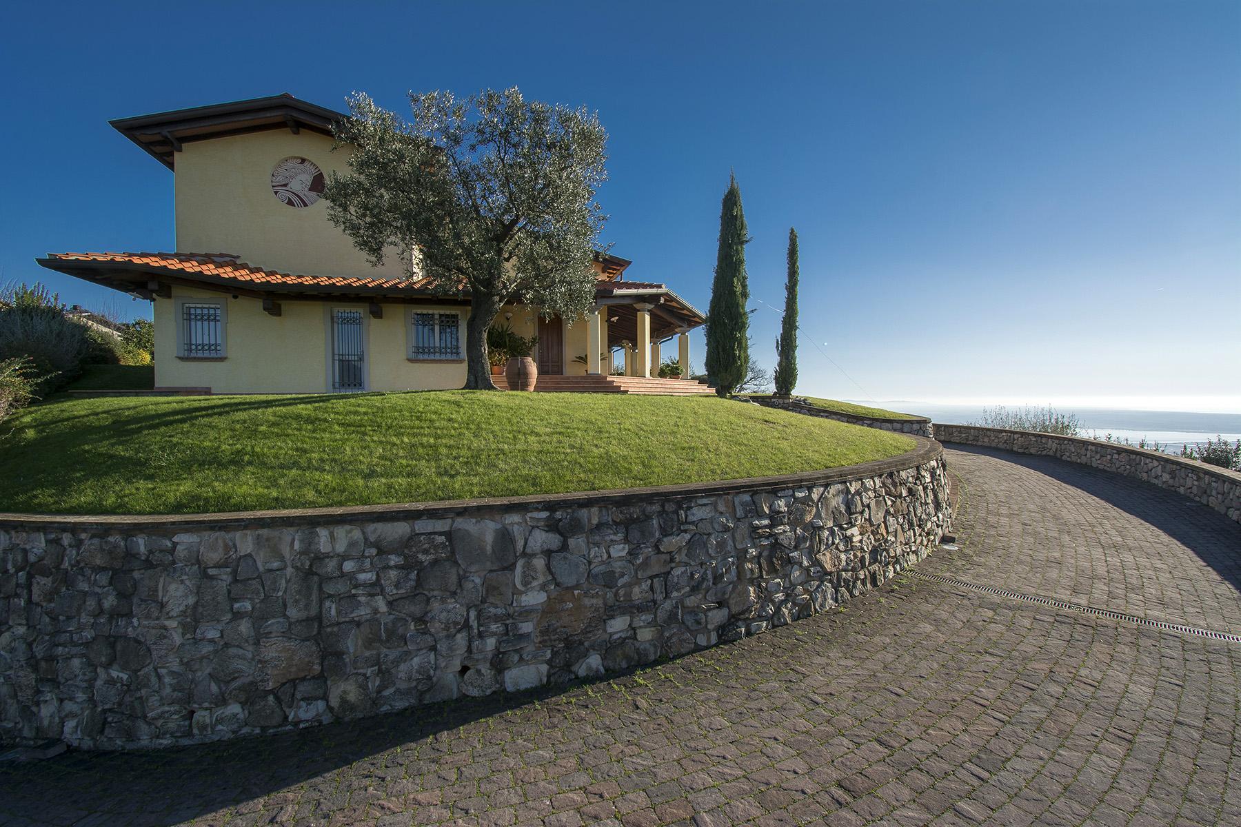 Villa in Vendita a Massarosa: 5 locali, 300 mq - Foto 5