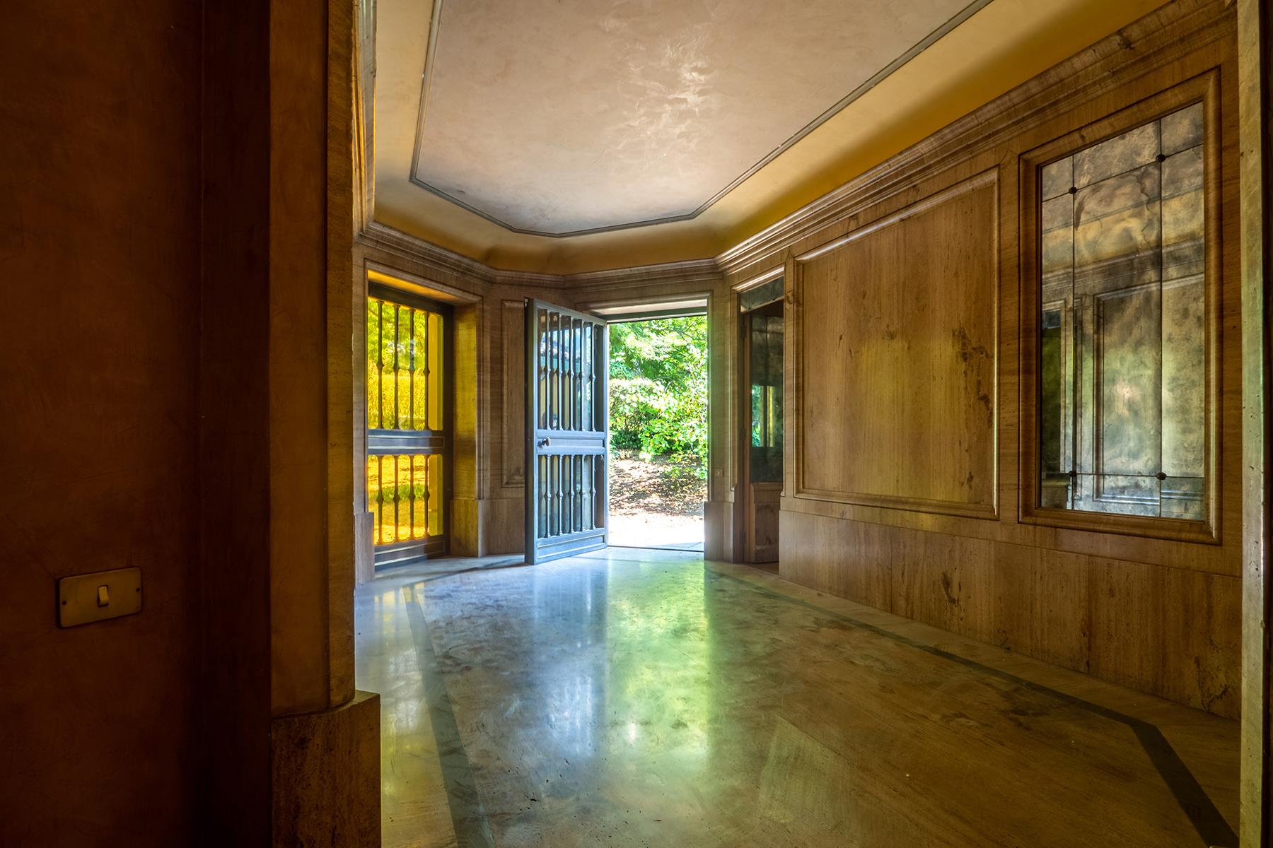 Villa in Vendita a Torino: 5 locali, 730 mq - Foto 2