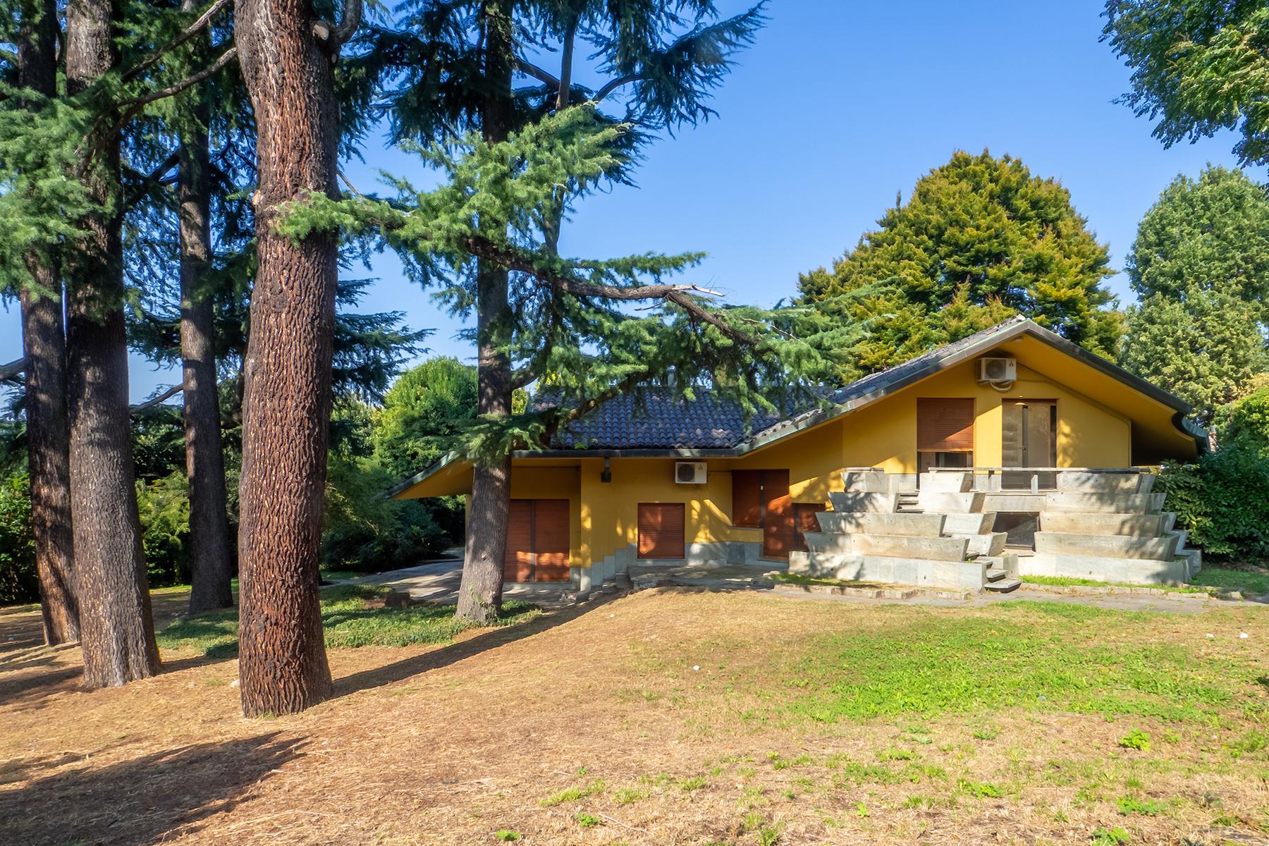 Villa in Vendita a Torino Semicentro: 5 locali, 730 mq