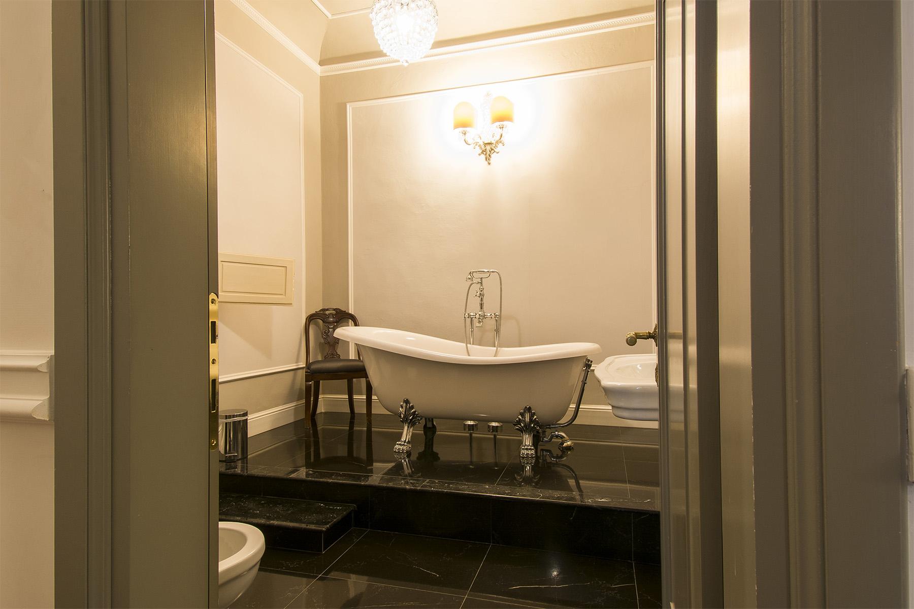 Appartamento in Vendita a Firenze: 5 locali, 220 mq - Foto 10