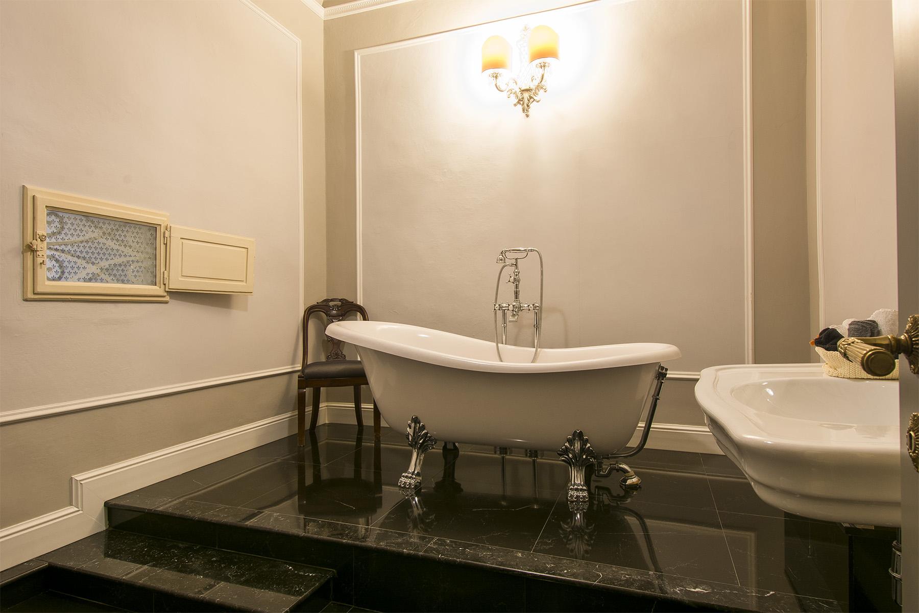 Appartamento in Vendita a Firenze: 5 locali, 220 mq - Foto 11