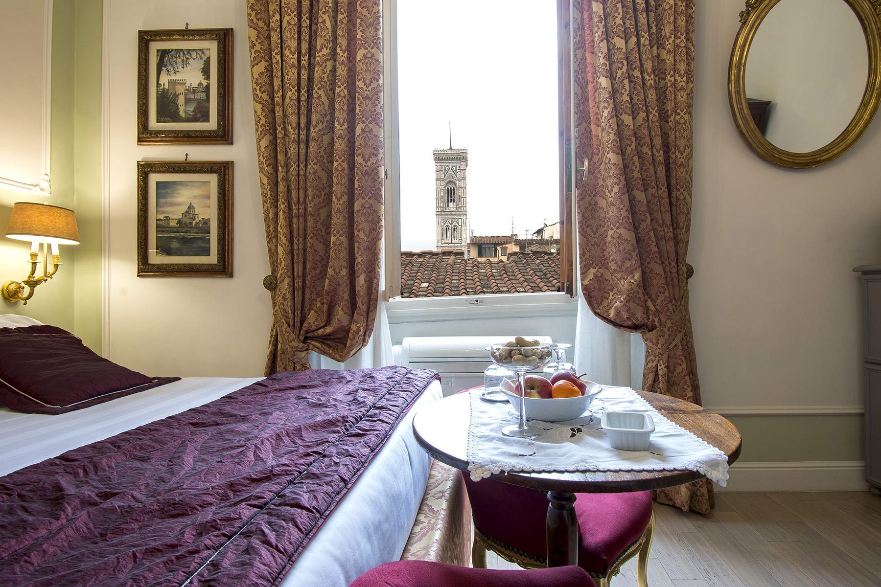 Appartamento in Vendita a Firenze corso via del corso