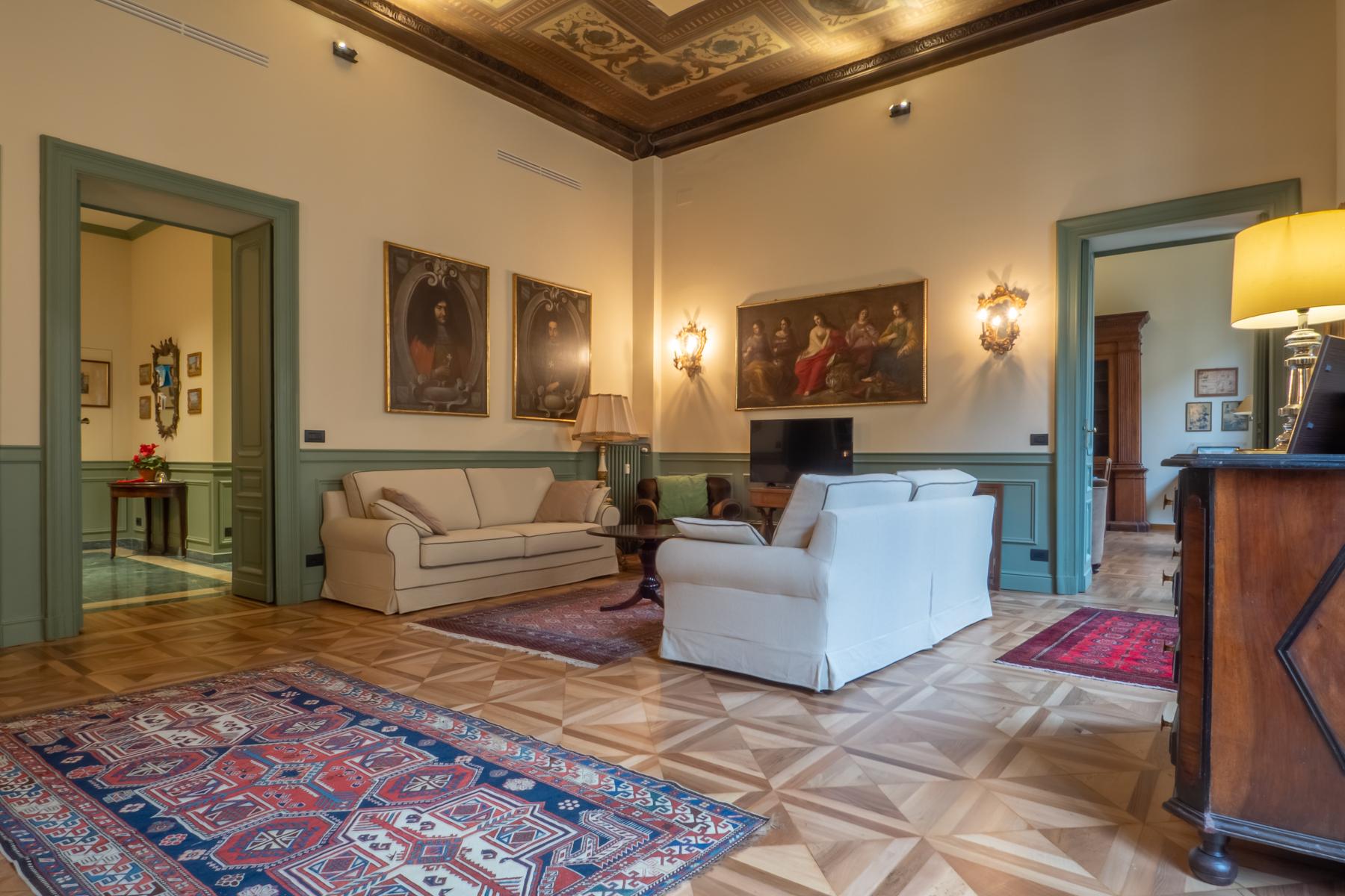 Appartamento in Vendita a Torino: 5 locali, 304 mq - Foto 3