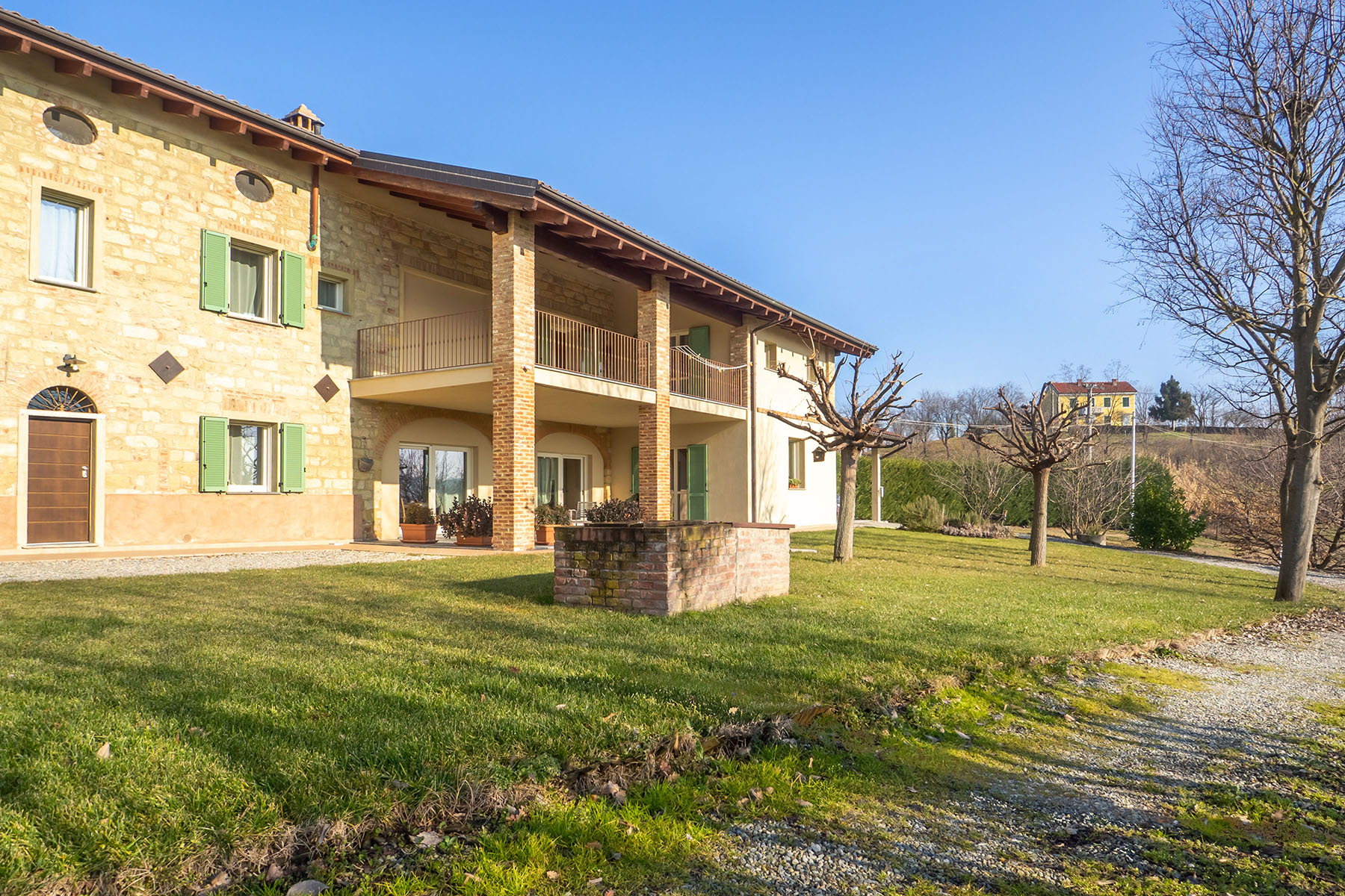 Rustico in Vendita a Vignale Monferrato: 5 locali, 370 mq