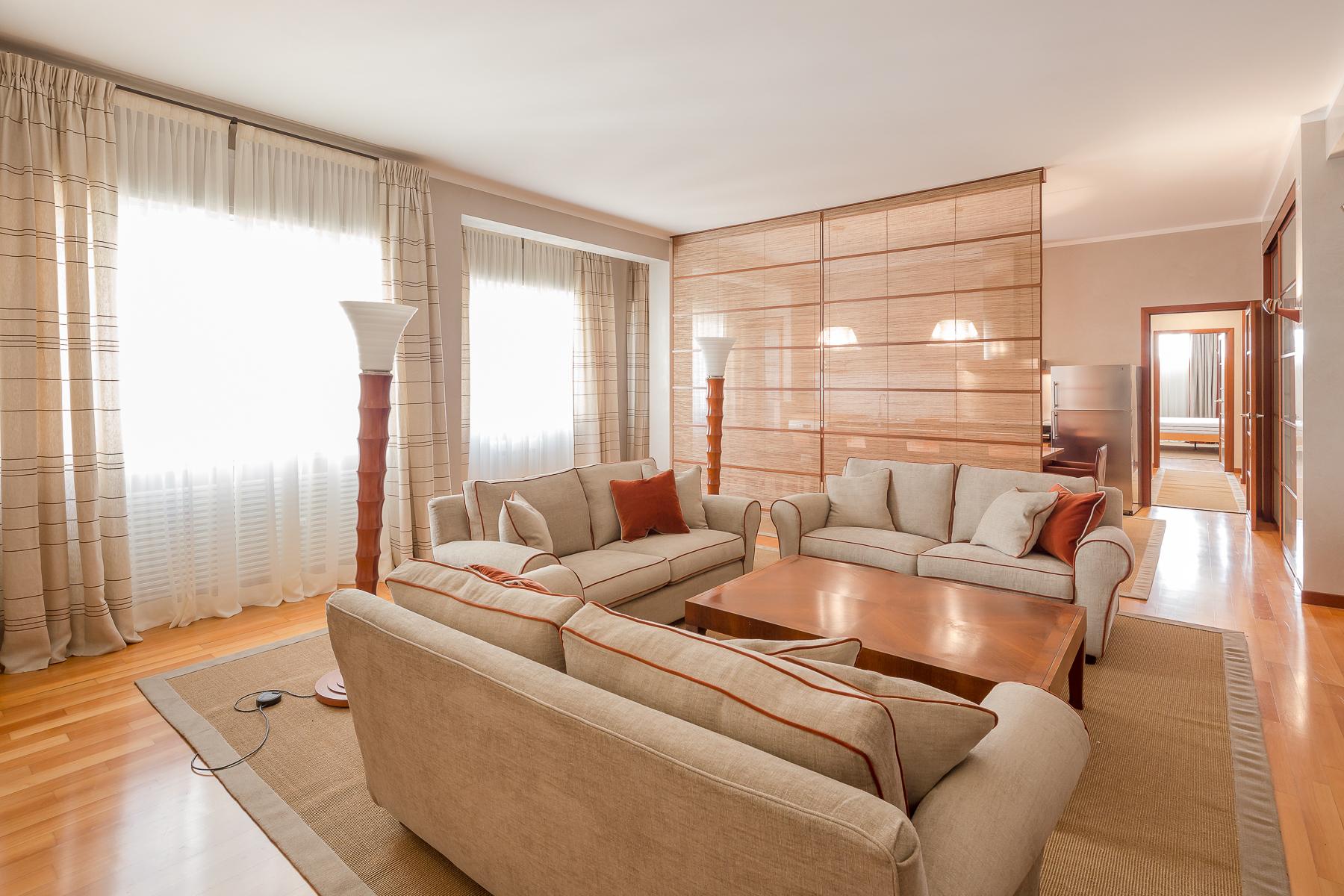 Appartamento in Affitto a Milano: 3 locali, 150 mq - Foto 2