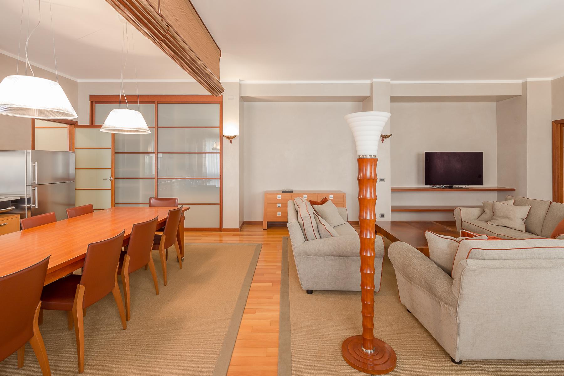 Appartamento in Affitto a Milano: 3 locali, 150 mq - Foto 3