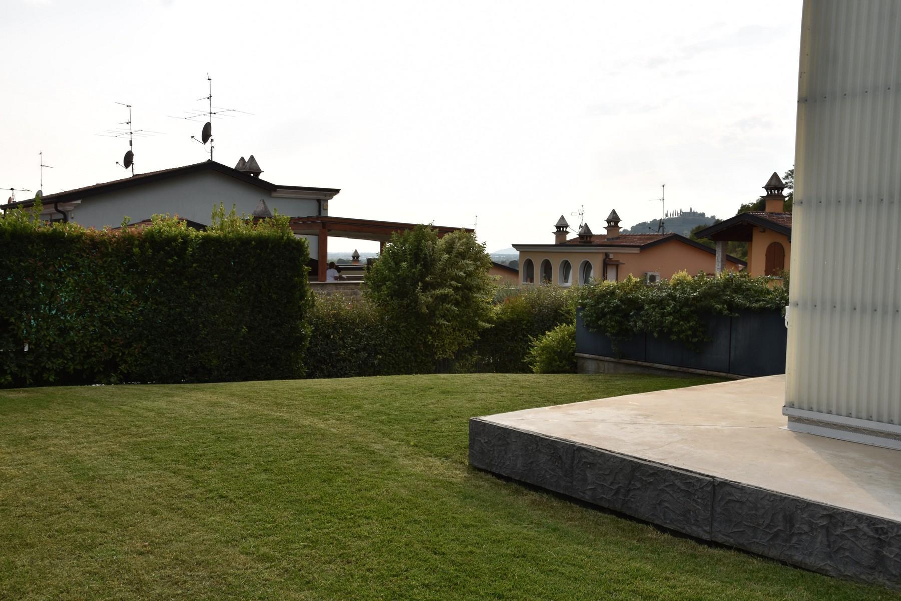Villa in Vendita a Gussago: 5 locali, 618 mq - Foto 19