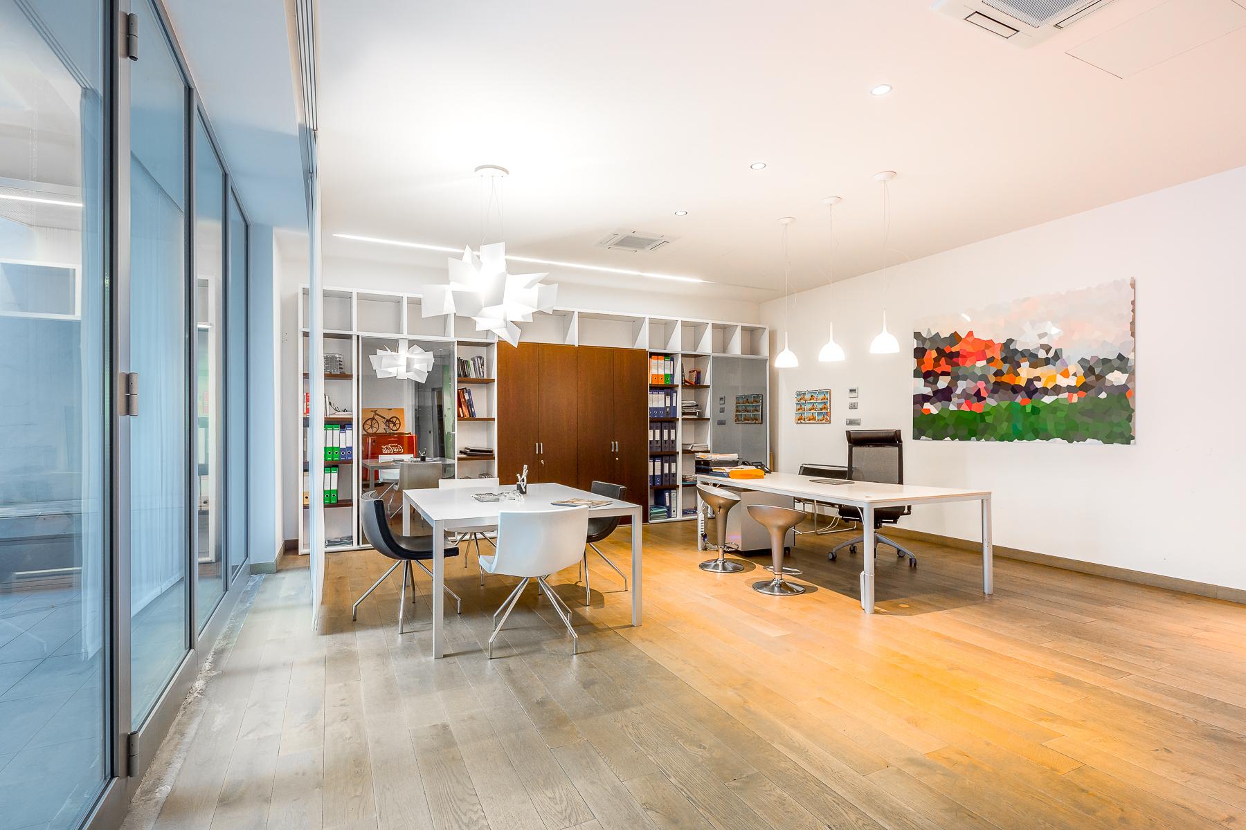 Casa indipendente in Vendita a Milano: 5 locali, 590 mq - Foto 3