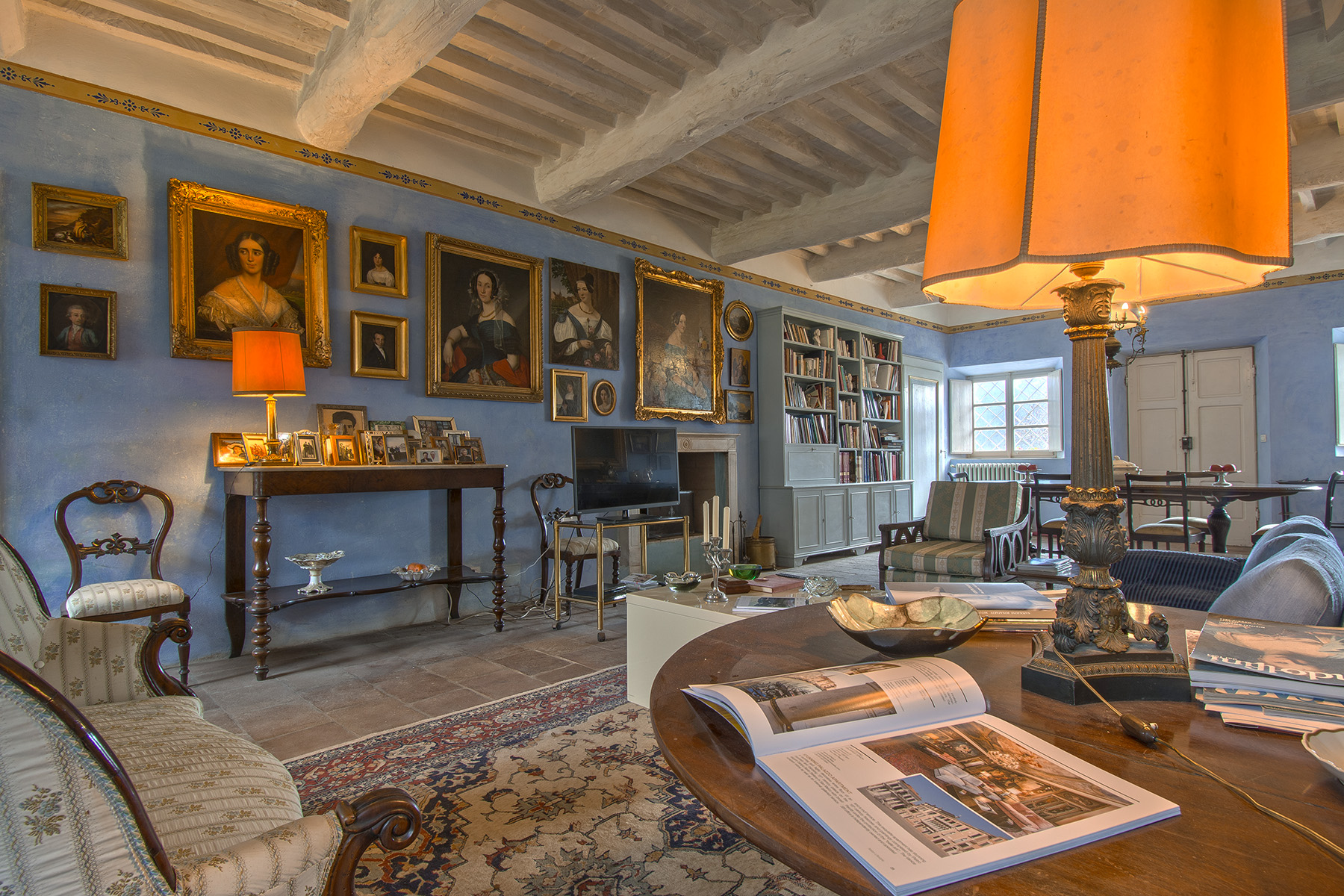 Villa in Vendita a Coreglia Antelminelli: 5 locali, 940 mq - Foto 2