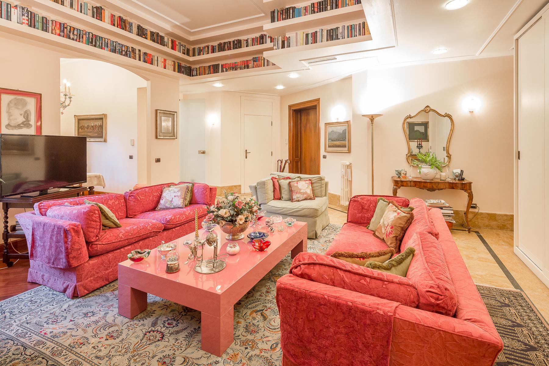 Appartamento in Vendita a Milano via cesare battisti