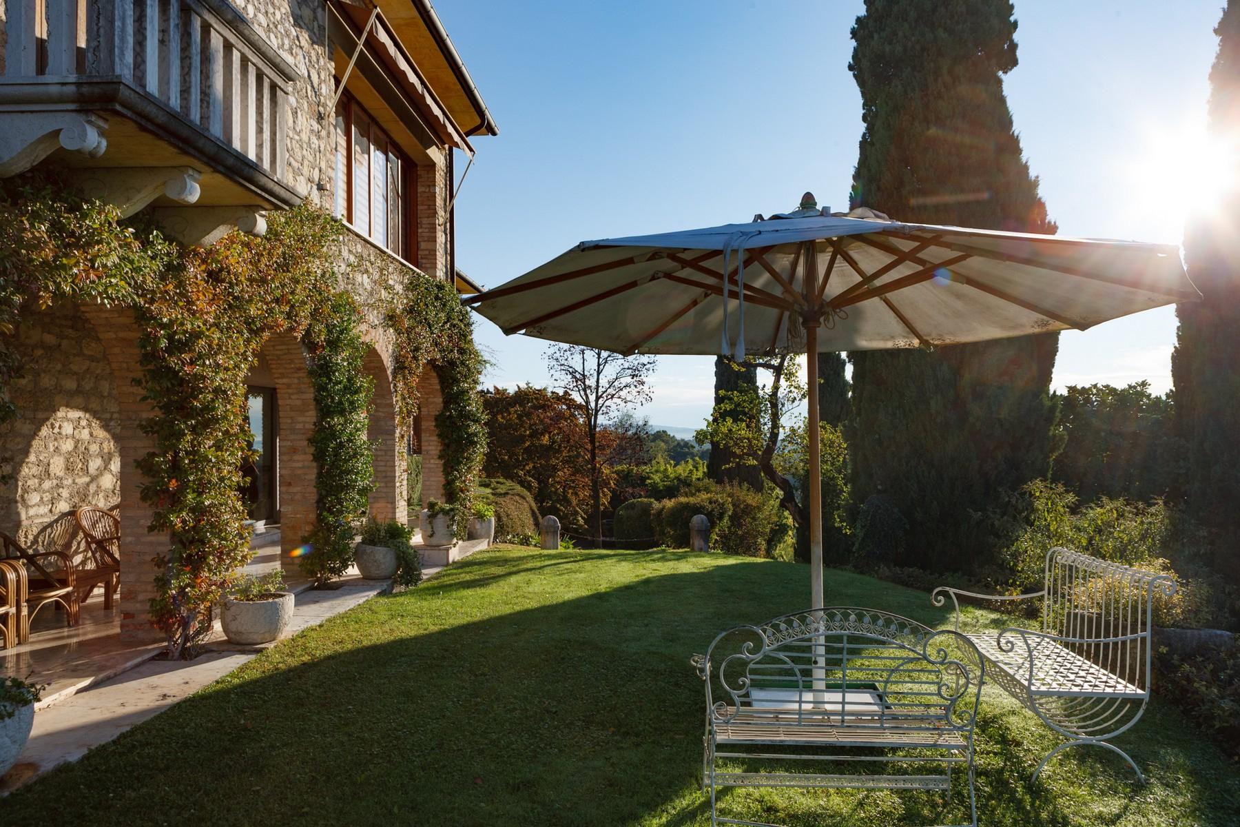 Villa in Vendita a San Zenone Degli Ezzelini via valli