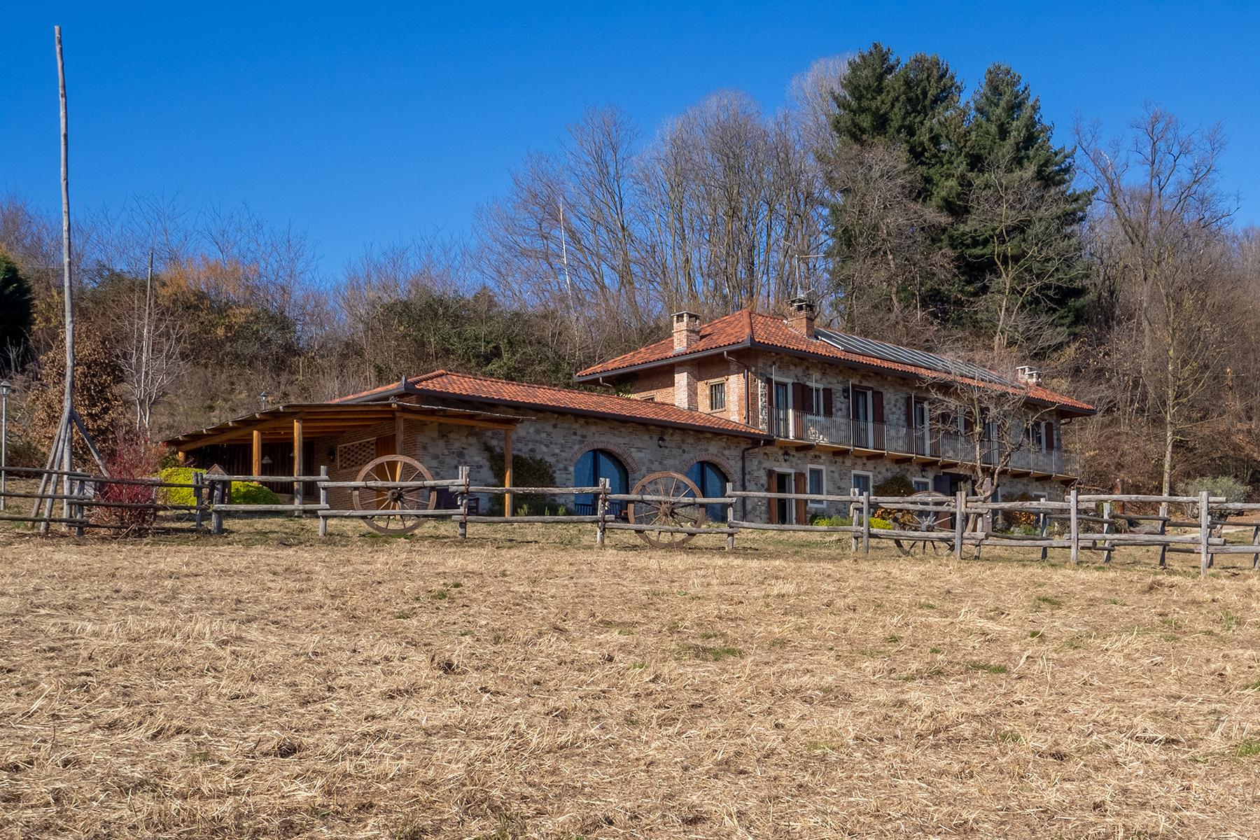 Villa in Vendita a Pettinengo