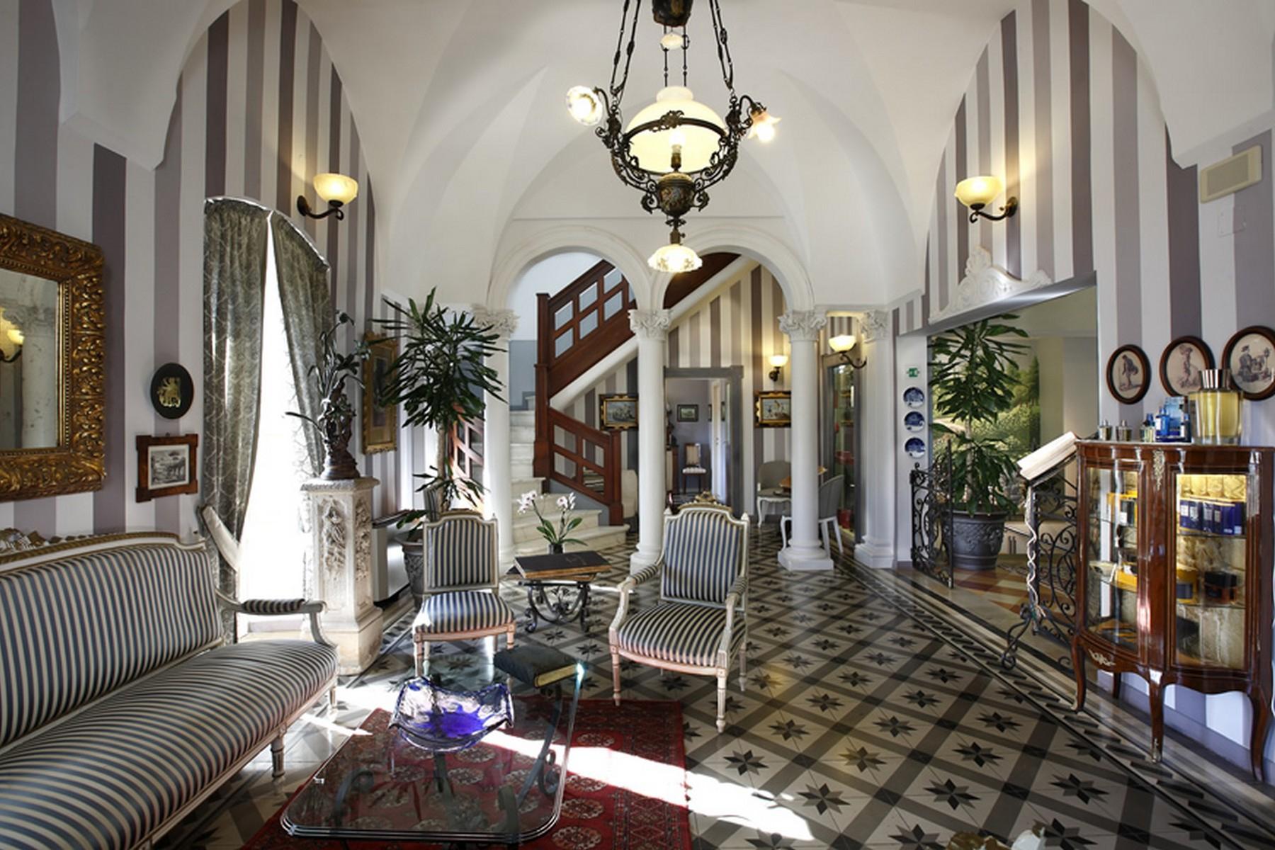 Villa in Vendita a Ostuni: 5 locali, 1400 mq - Foto 4