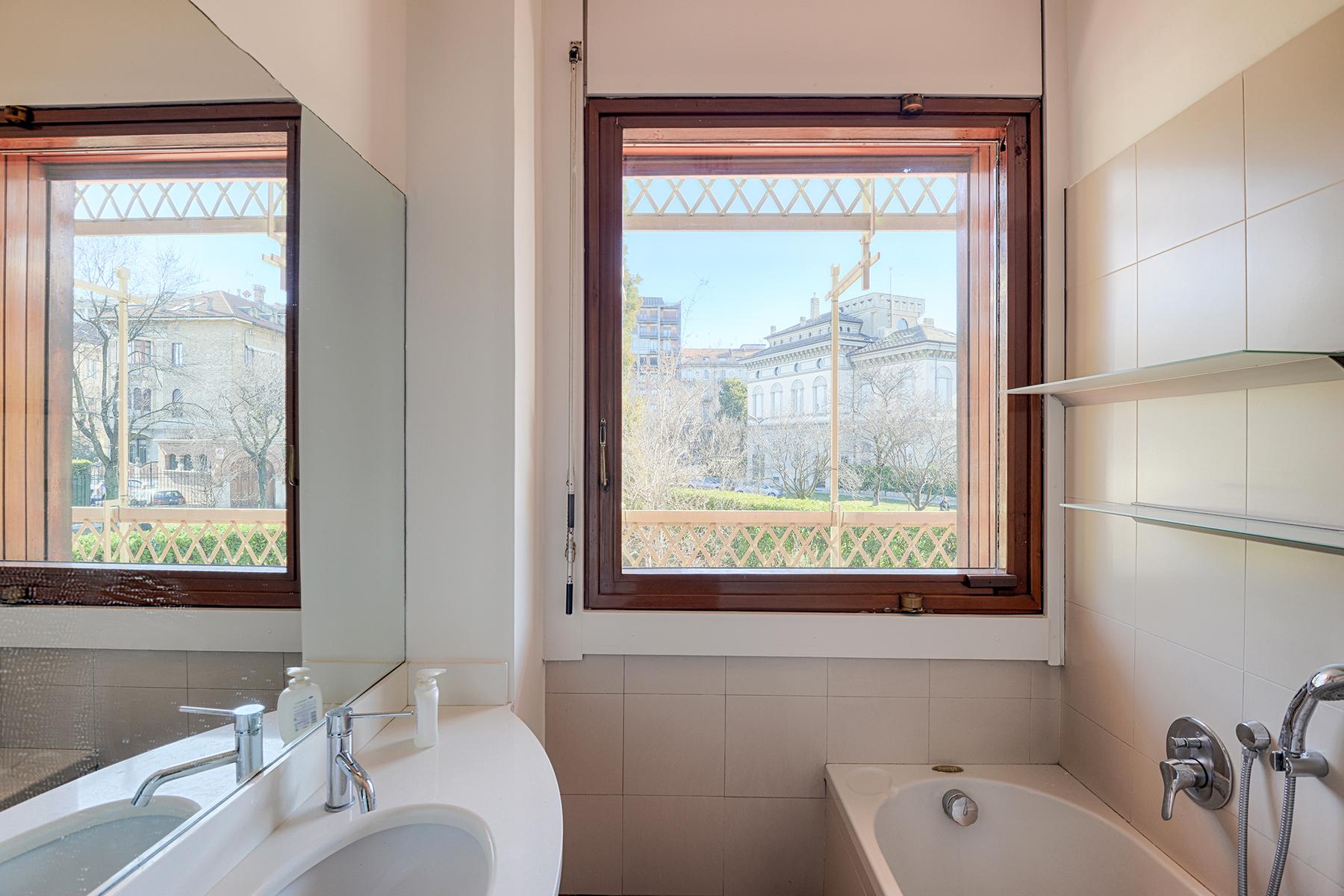 Appartamento in Vendita a Torino: 5 locali, 221 mq - Foto 12