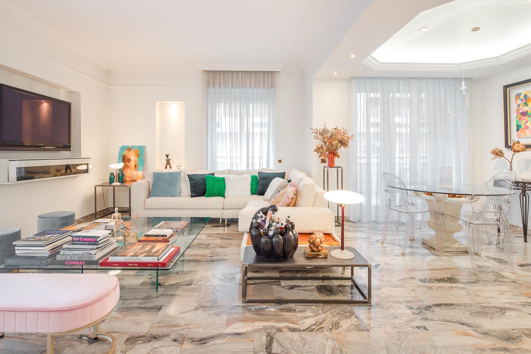 Appartamento in Vendita a Milano via adeodato ressi