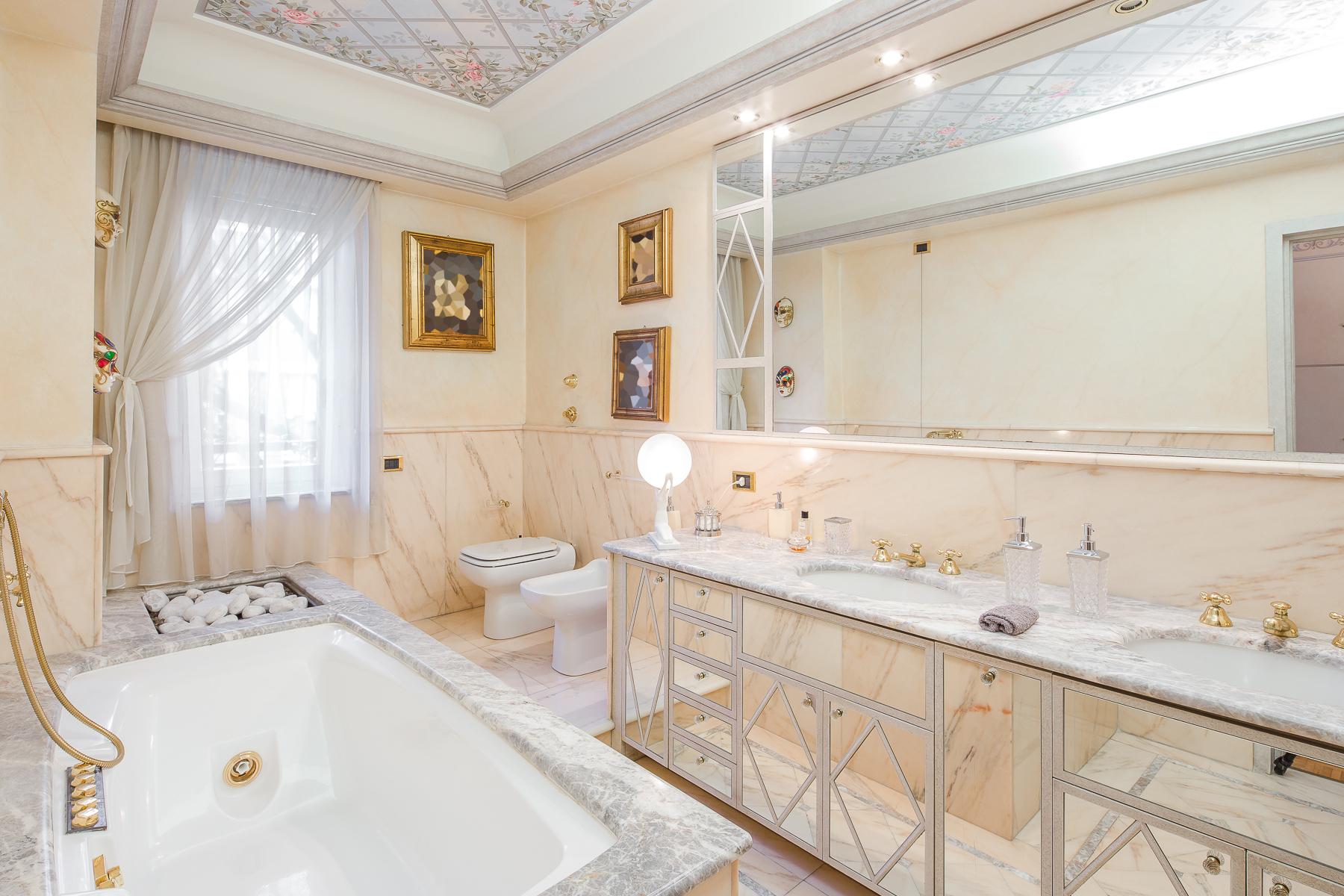 Appartamento in Vendita a Milano: 3 locali, 130 mq - Foto 17