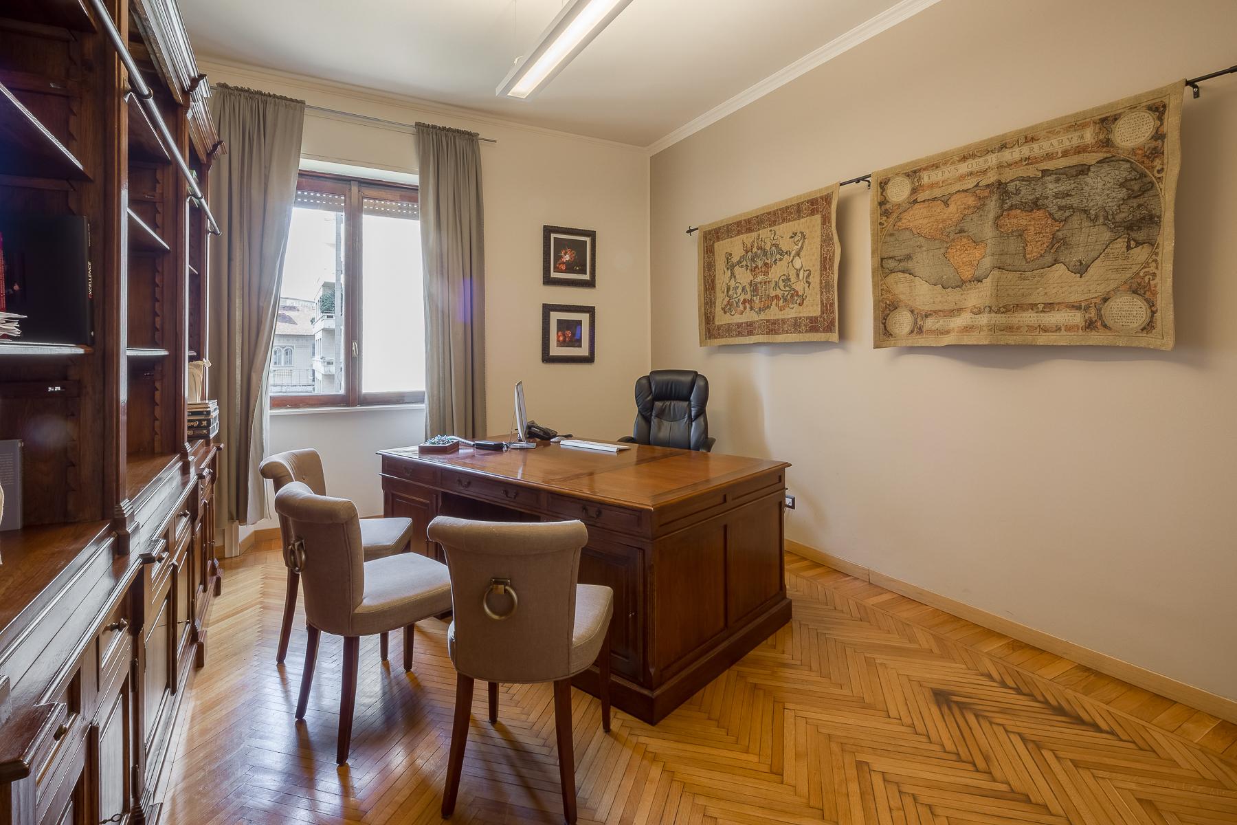 Ufficio-studio in Vendita a Milano: 4 locali, 155 mq - Foto 3