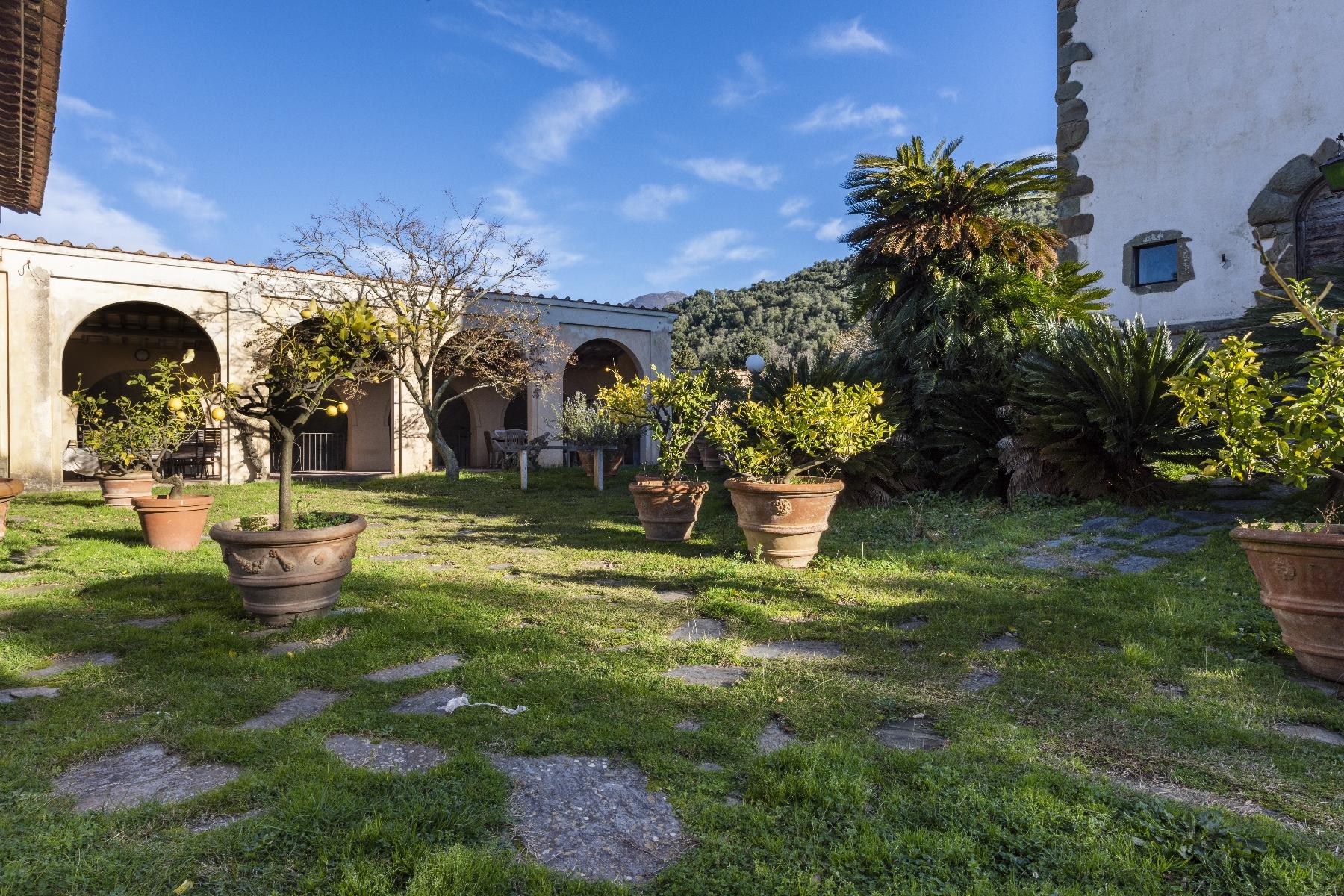 Villa in Vendita a Camaiore: 5 locali, 2800 mq - Foto 19