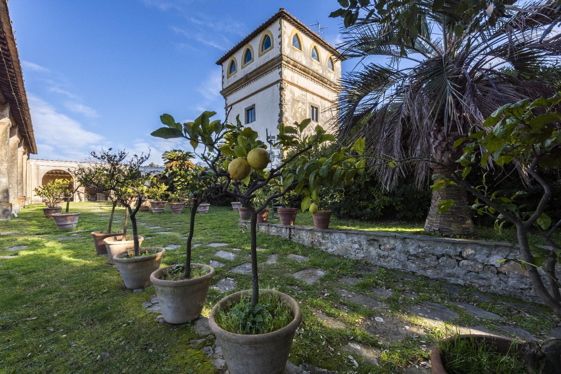 Villa in Vendita a Camaiore: 5 locali, 2800 mq - Foto 23